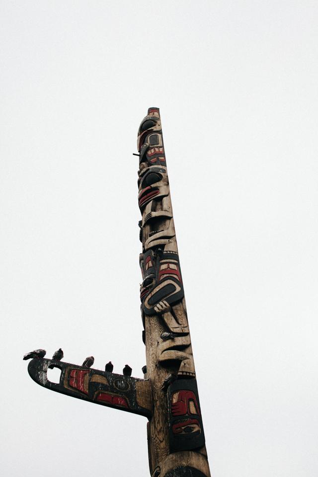 northwest us indian totem pole near pike's place market