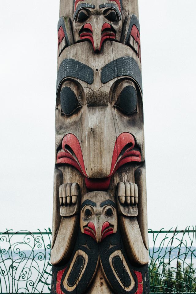 totem pole near pike's place market seattle