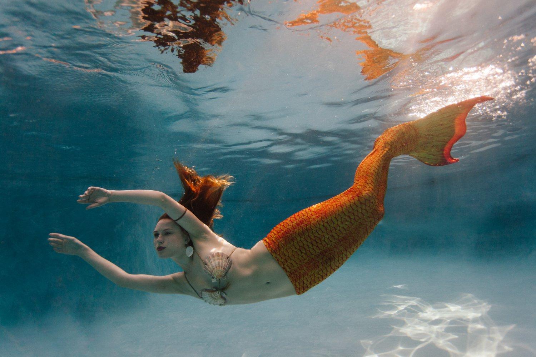 Phoenix underwater mermaid photographer