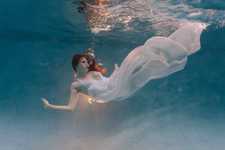 Phoenix AZ underwater boudoir photography