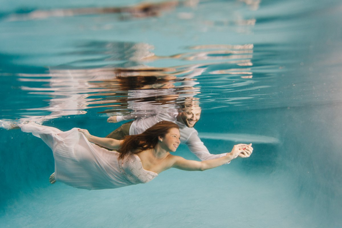 Arizona underwater engagement photographer
