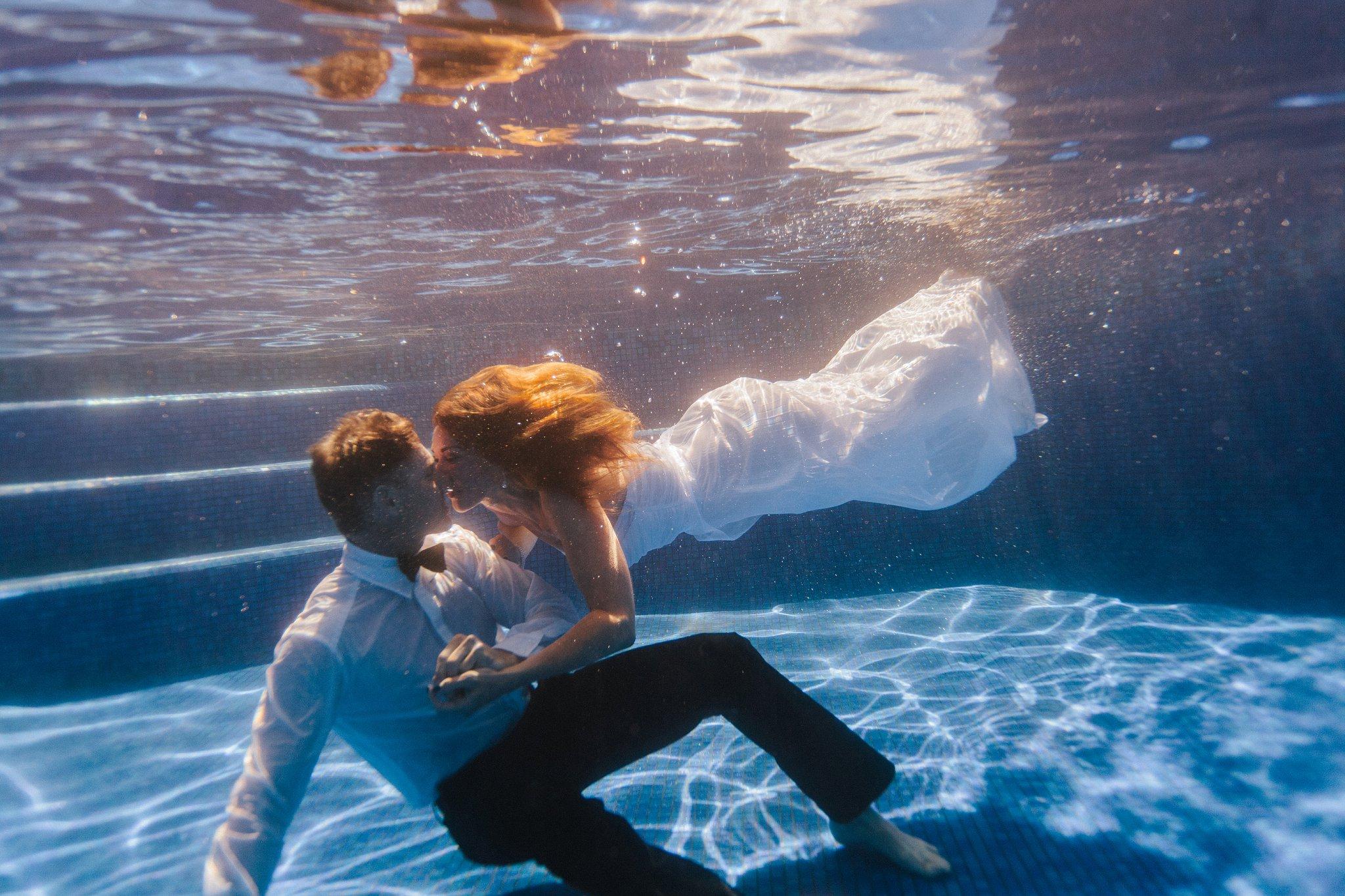 Phoenix underwater trash the dress photos