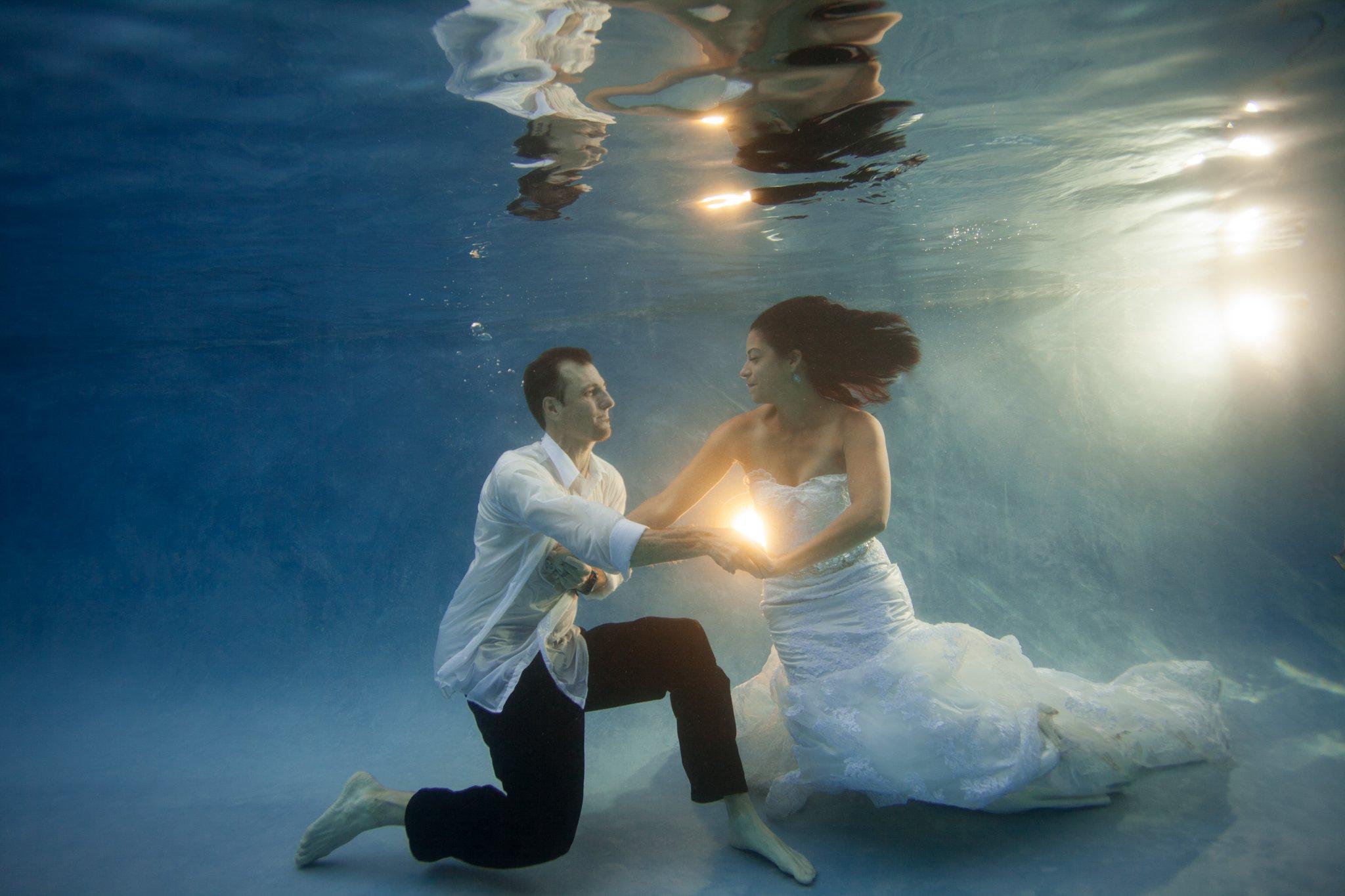 Arizona underwater trash the dress photos in a pool