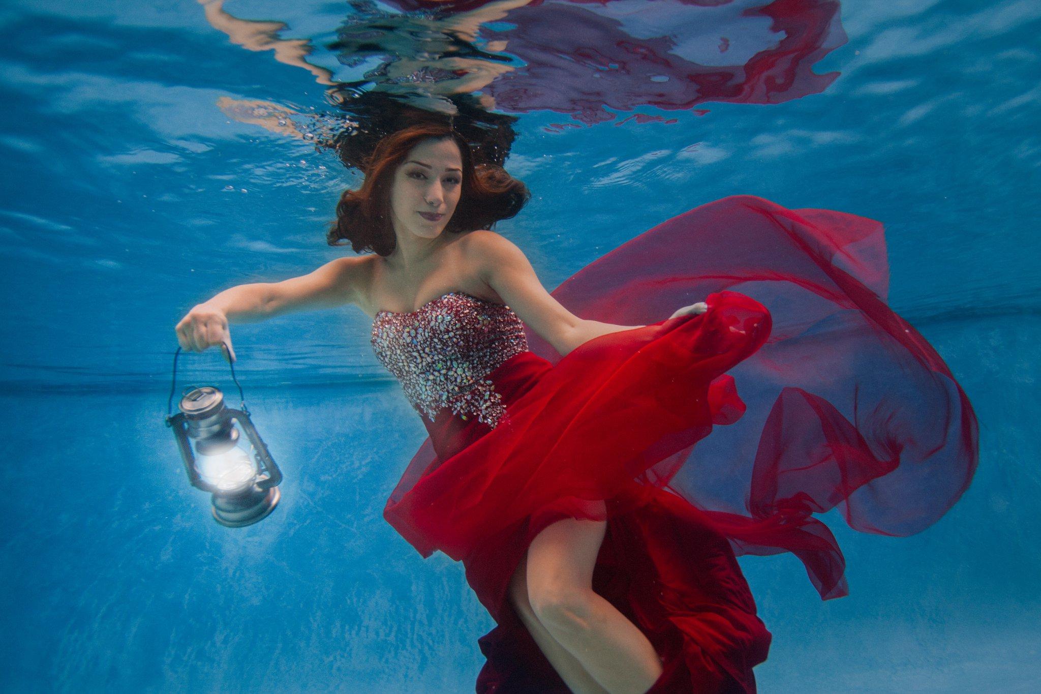 underwater fashion portraits Arizona