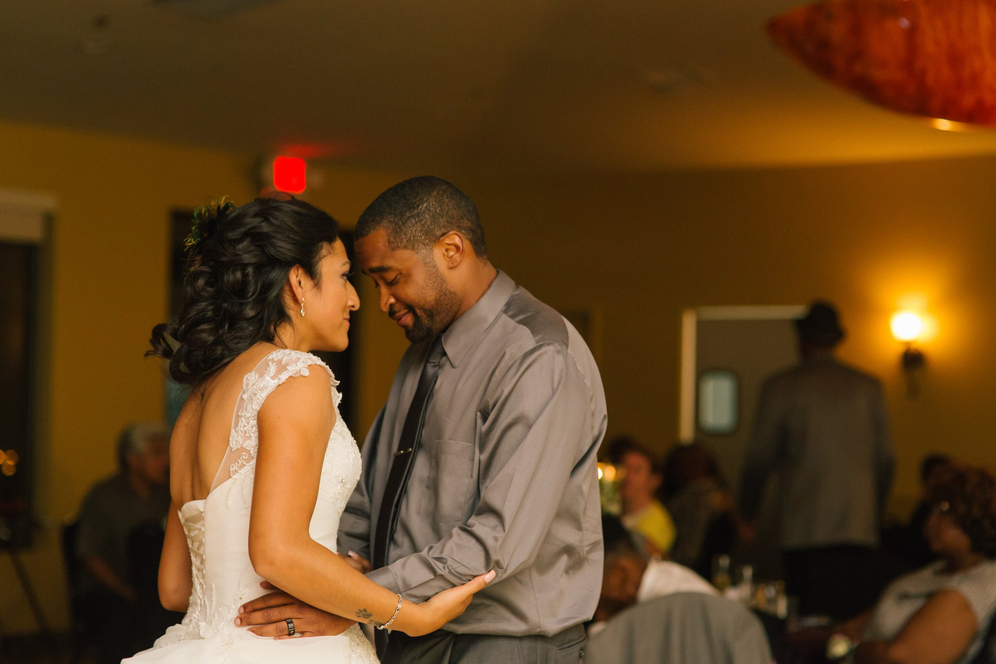 Las Sendas golf course wedding reception bride & groom first dance
