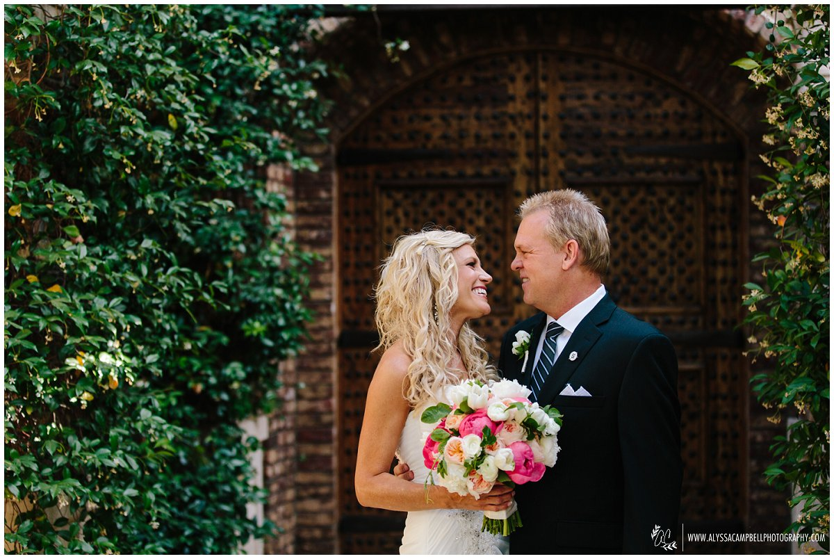 meaningful & intimate small wedding photographer