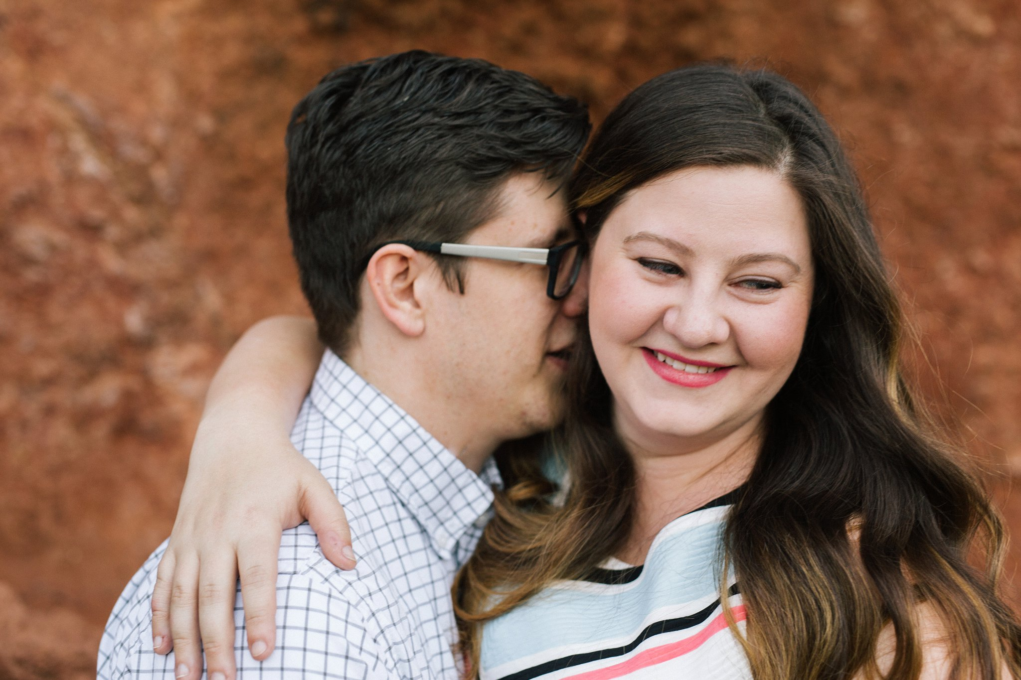 outdoor engagement session red rocks in Mesa