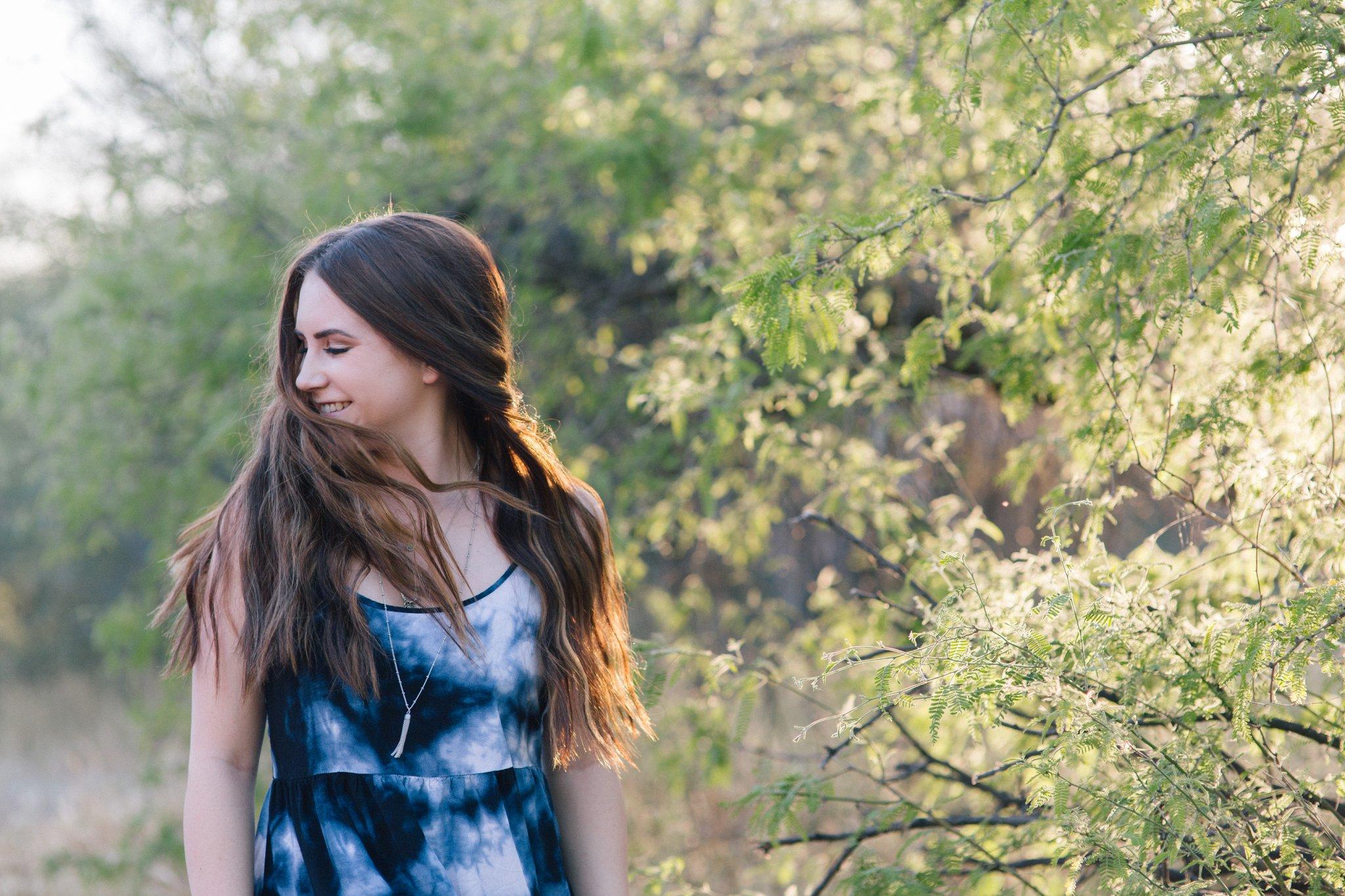 outdoor desert senior portraits in Mesa Arizona