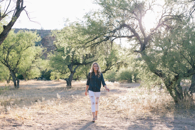 arizona outdoor senior portraits with trees