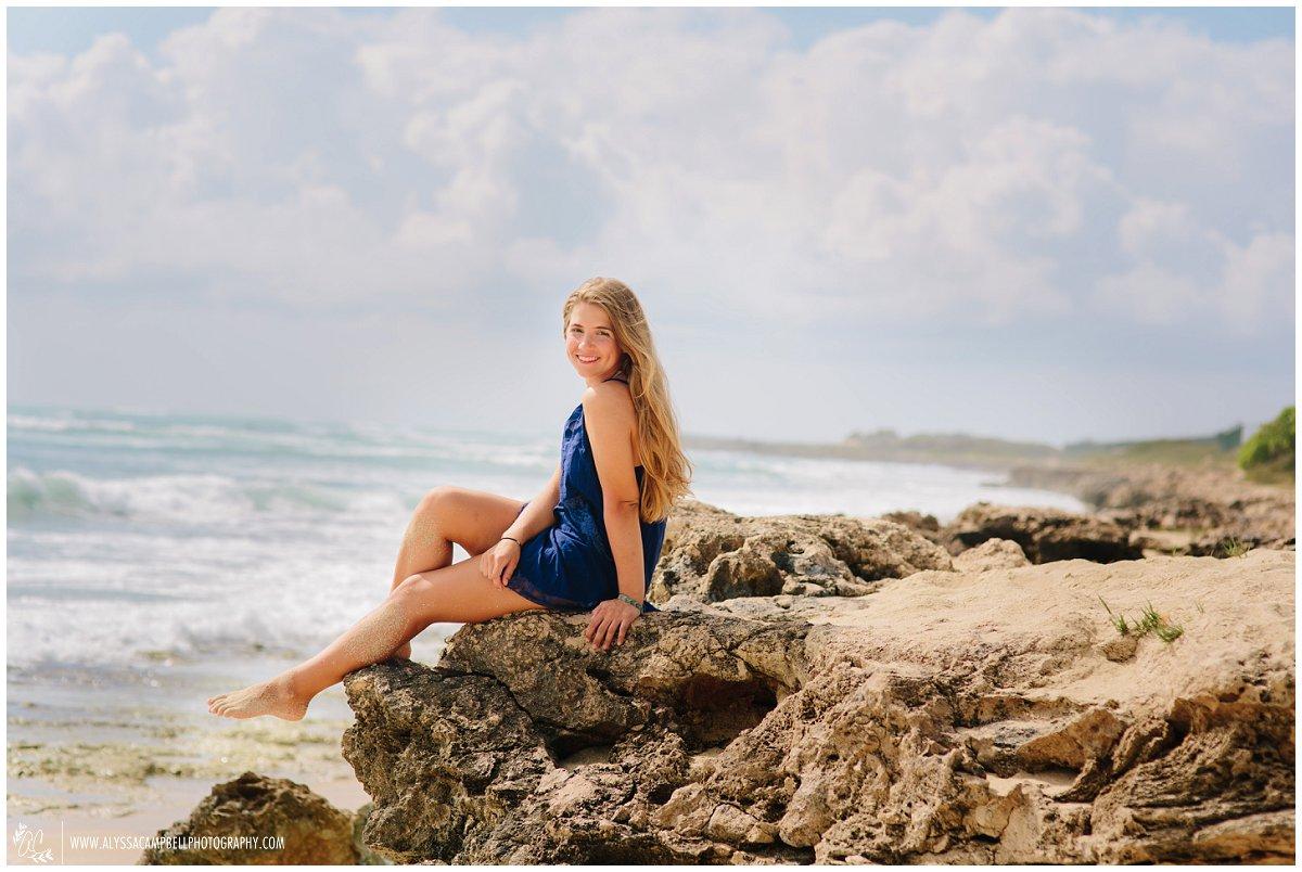 casual beach photos high school senior Oahu Hawaii