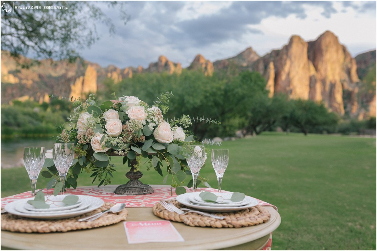 beautiful scenic wedding table set up at Saguaro Lake Ranch by Saguaro Lake Ranch wedding photographer Alyssa Campbell
