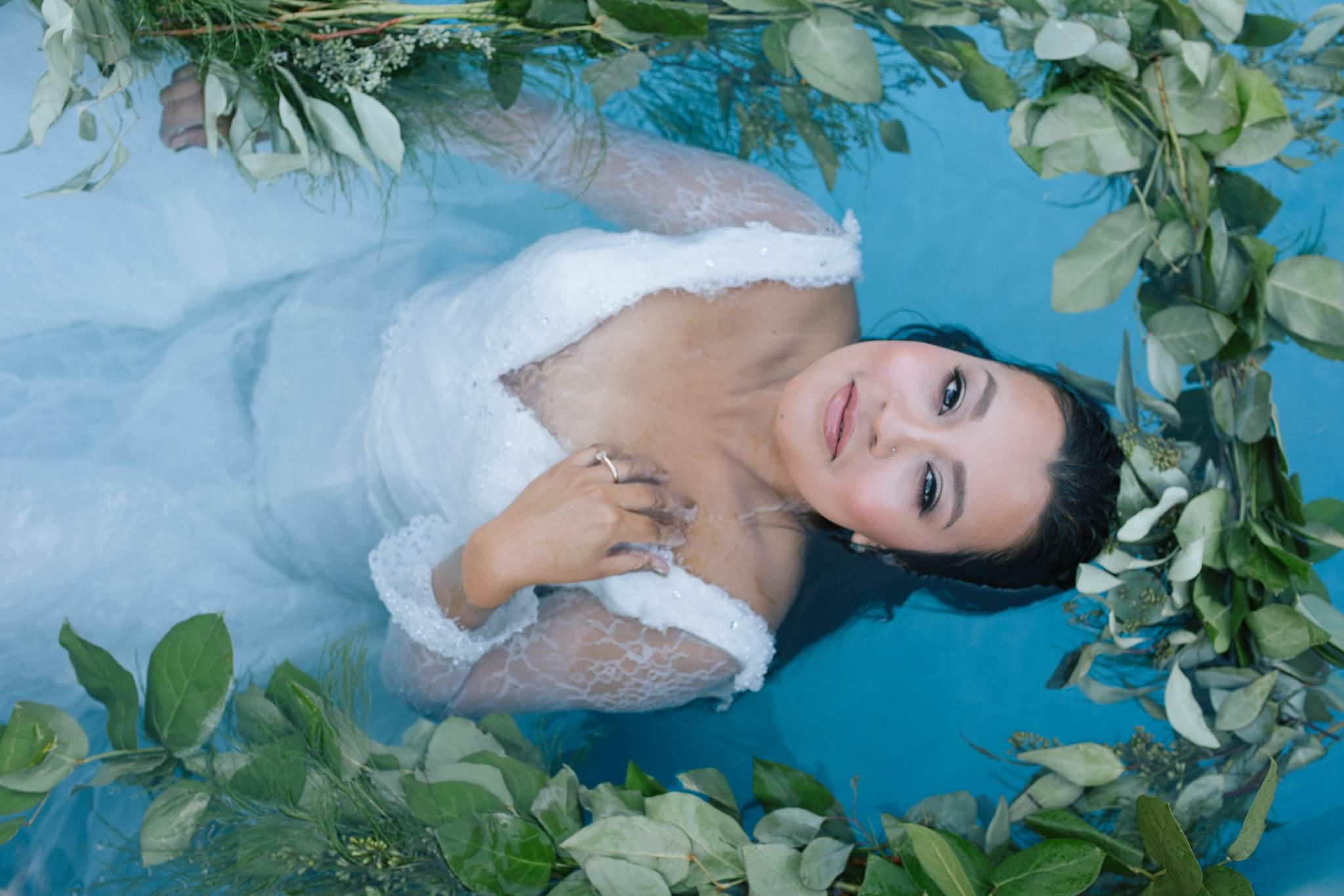 Arizona trash the wedding dress underwater photographer