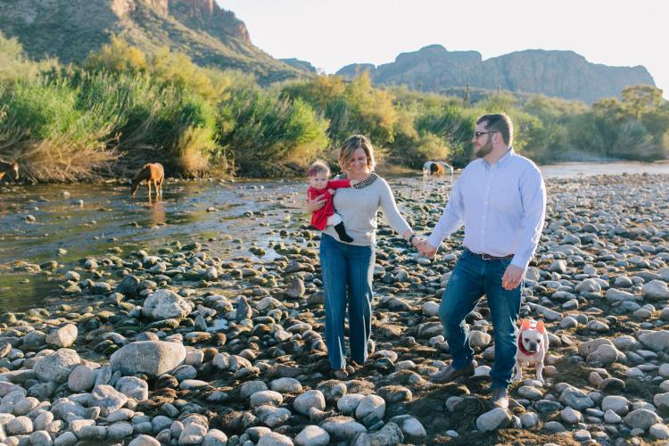 family portraits at Salt River in Mesa, AZ with wild horses