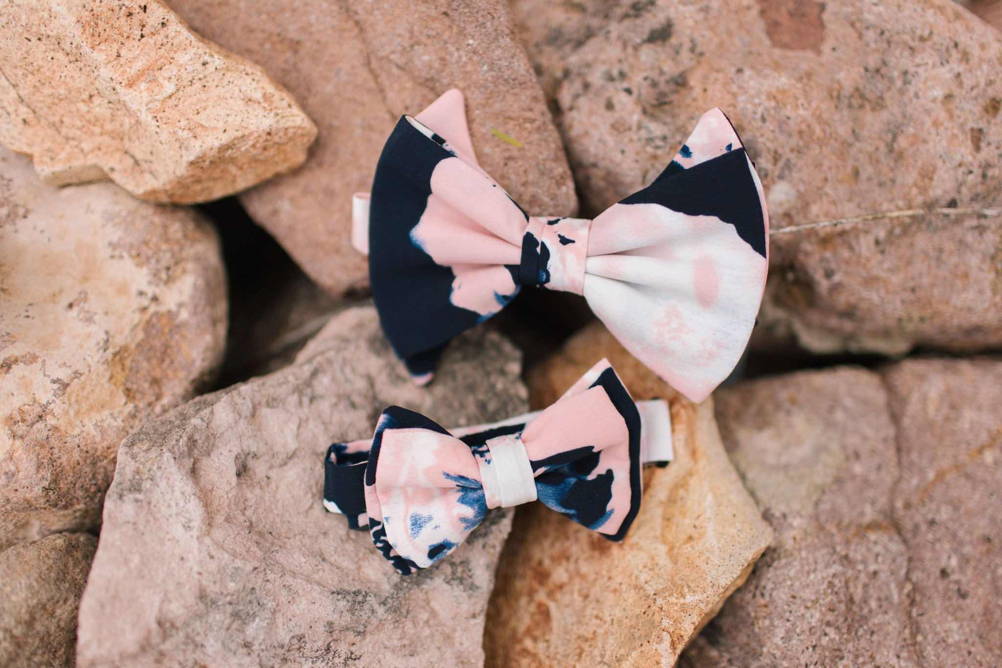 pink & blue bowties for groom & son at Gold Canyon Golf Resort wedding
