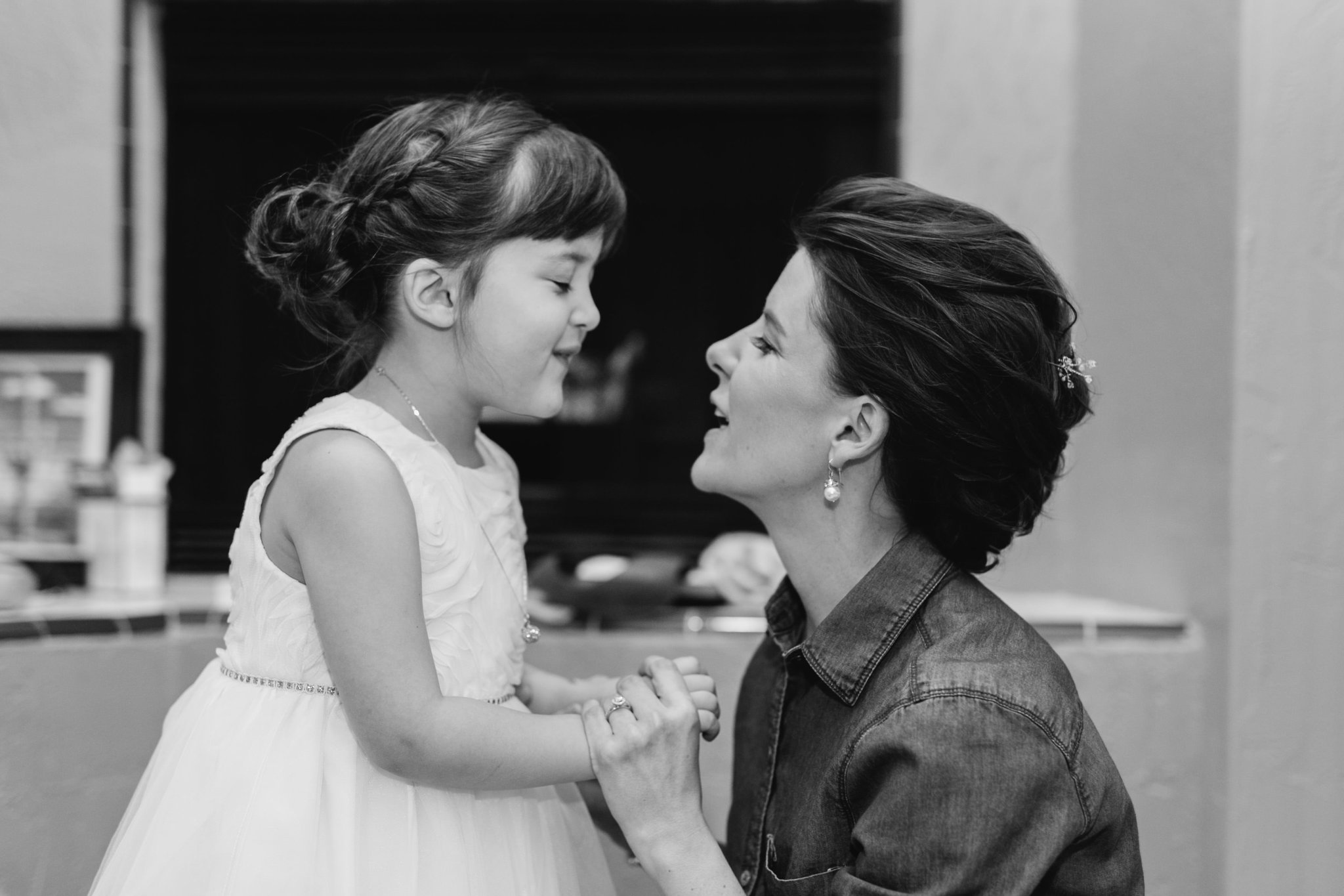 candid moment with bride & her daughter at Gold Canyon Resort & Spa wedding