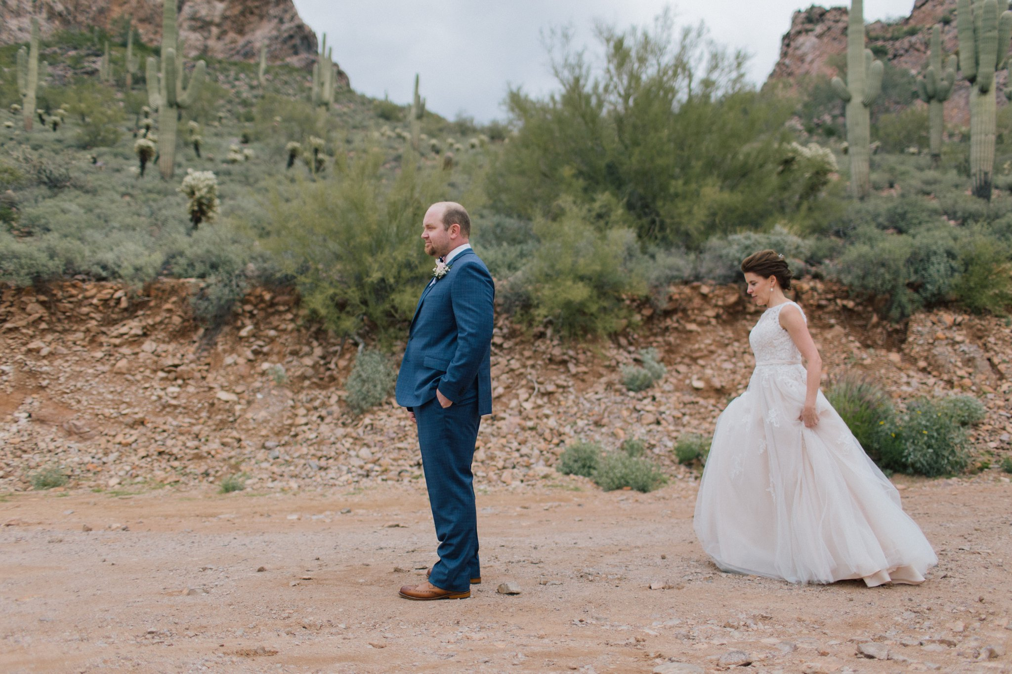 bride & groom first look in desert at Gold Canyon Golf Resort