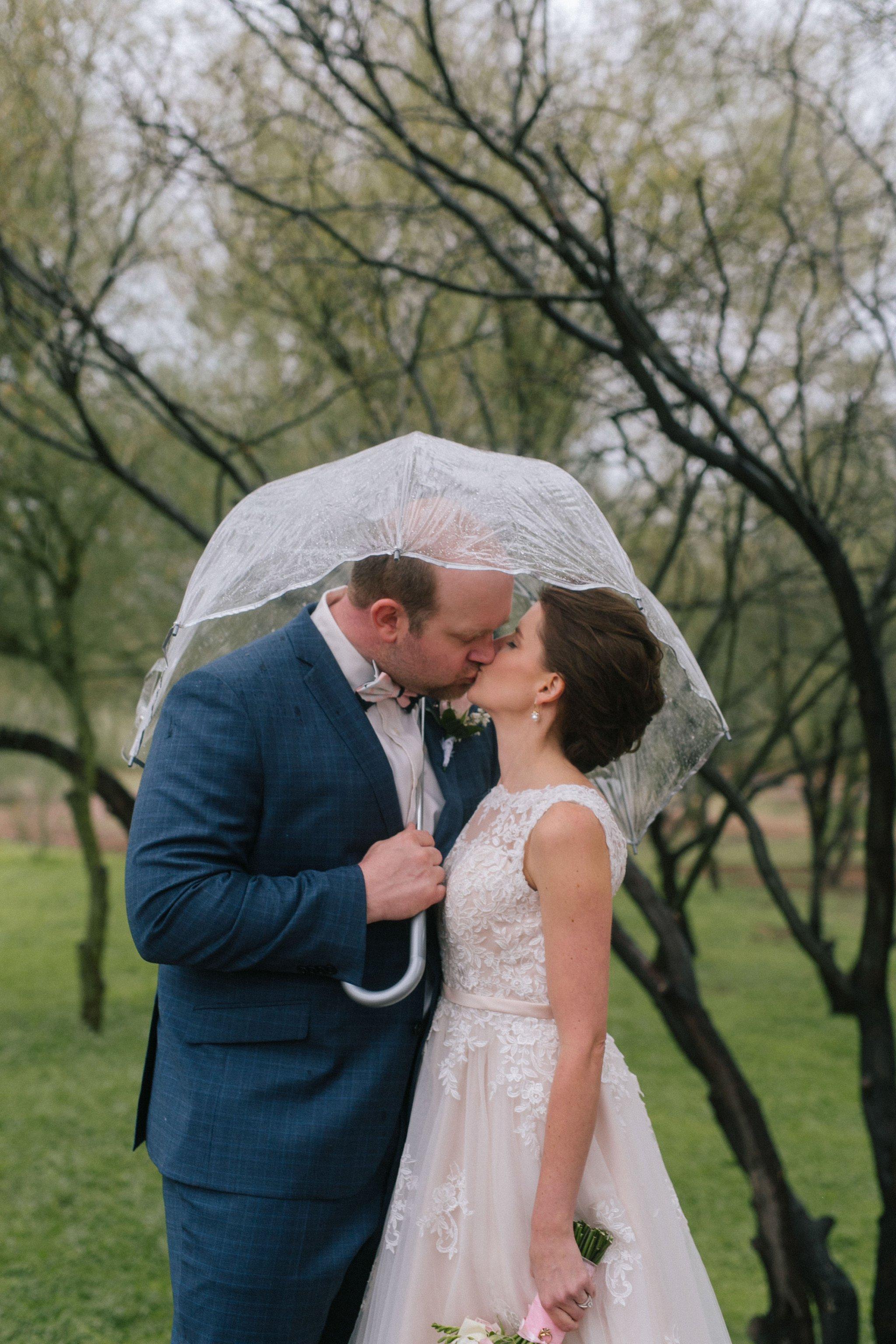 rainy wedding at Gold Canyon Golf Resort