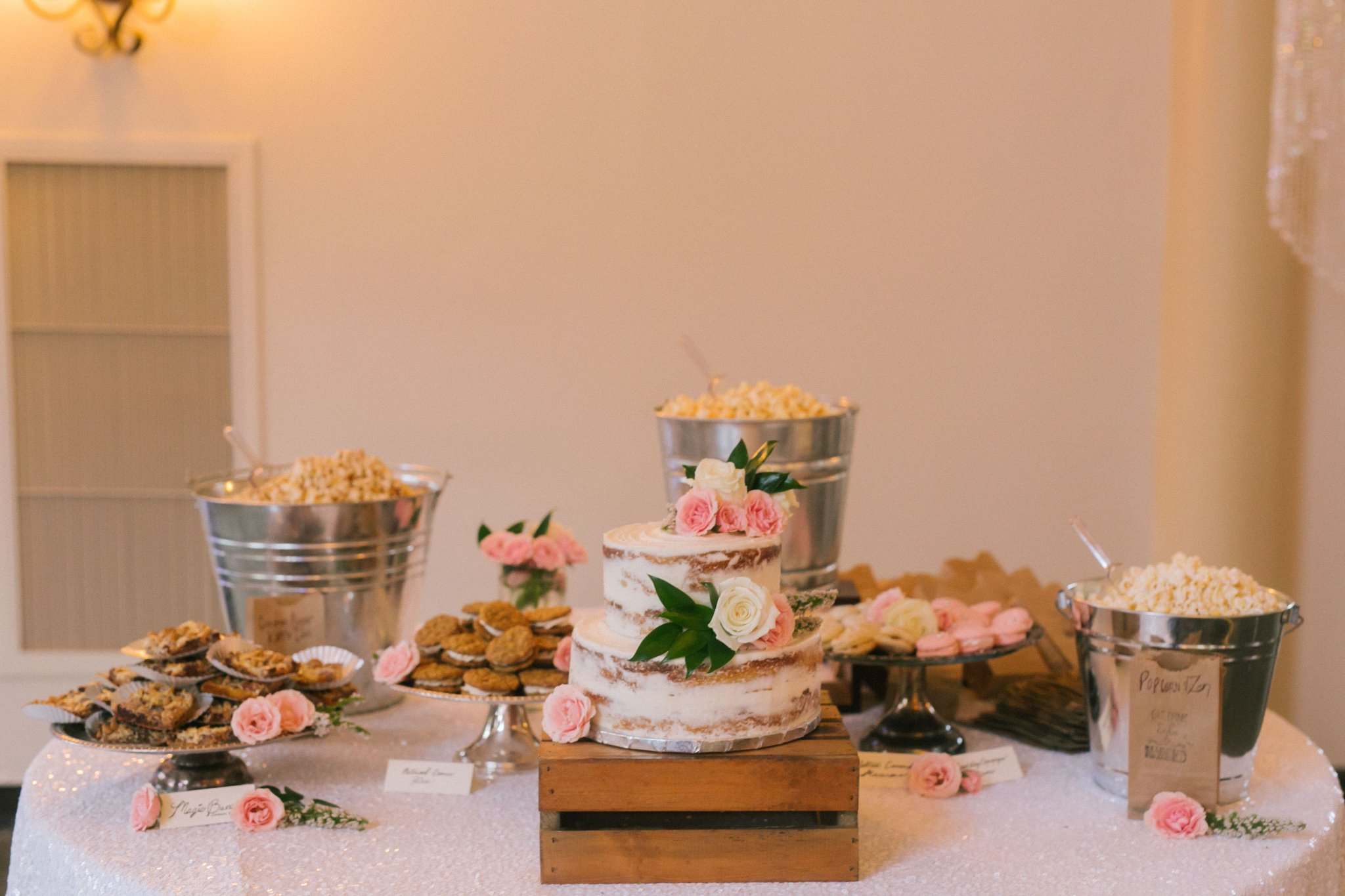 Gold Canyon Golf Resort dessert table