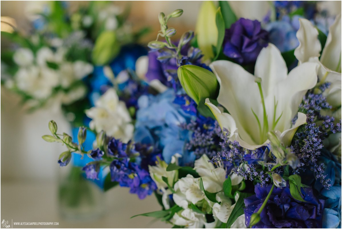 flowers for wedding ceremony purple and blue