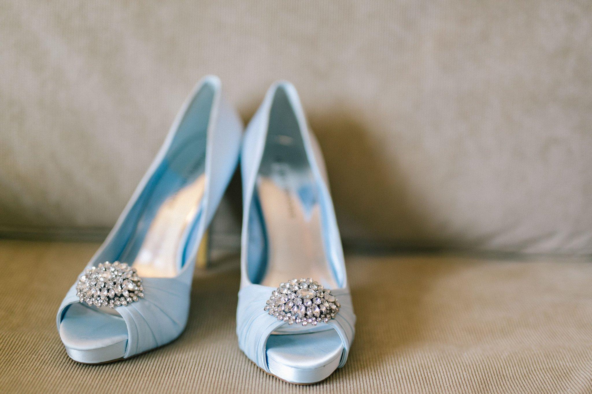 Phoenix wedding details blue shoes