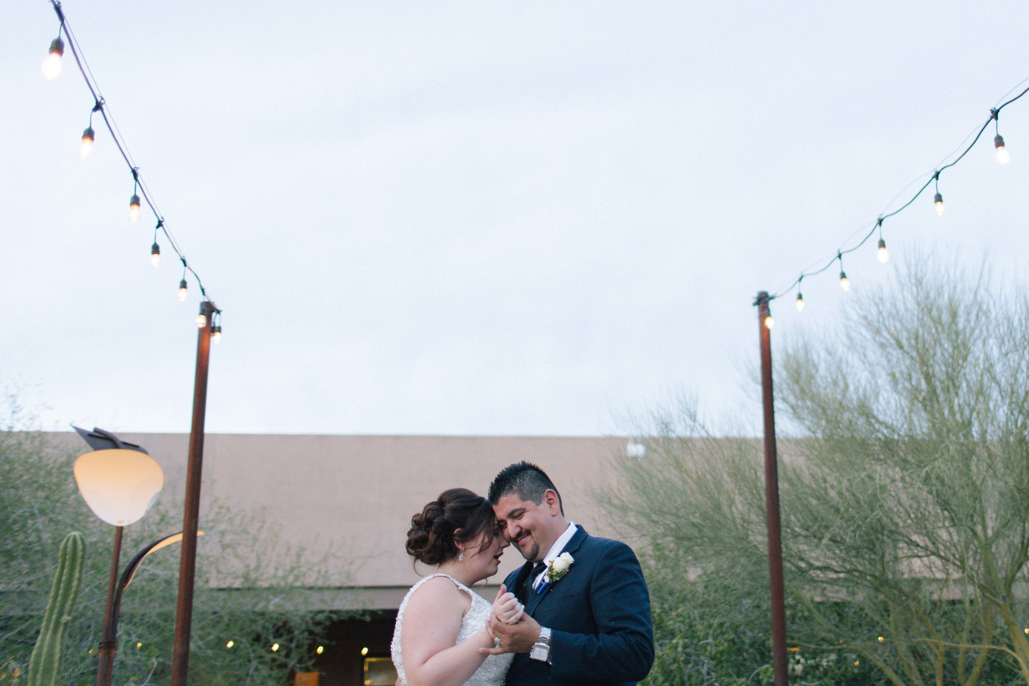 Desert Botanical Garden outdoor reception first dance