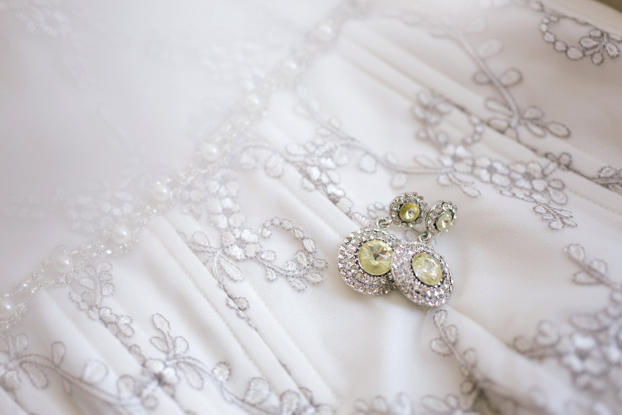 wedding jewelry in Gilbert wedding by Alyssa Campbell