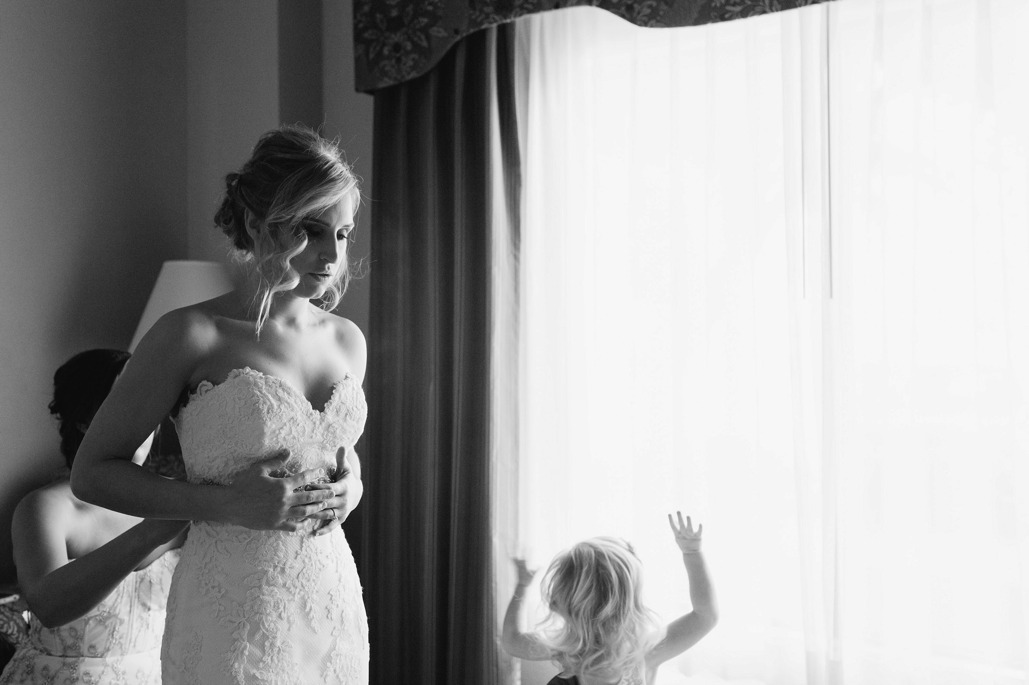 documentary wedding photographer in mesa arizona