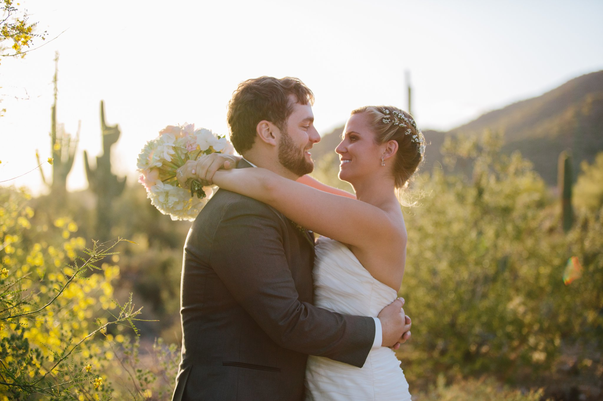 bride & groom in Arizona desert at sunset