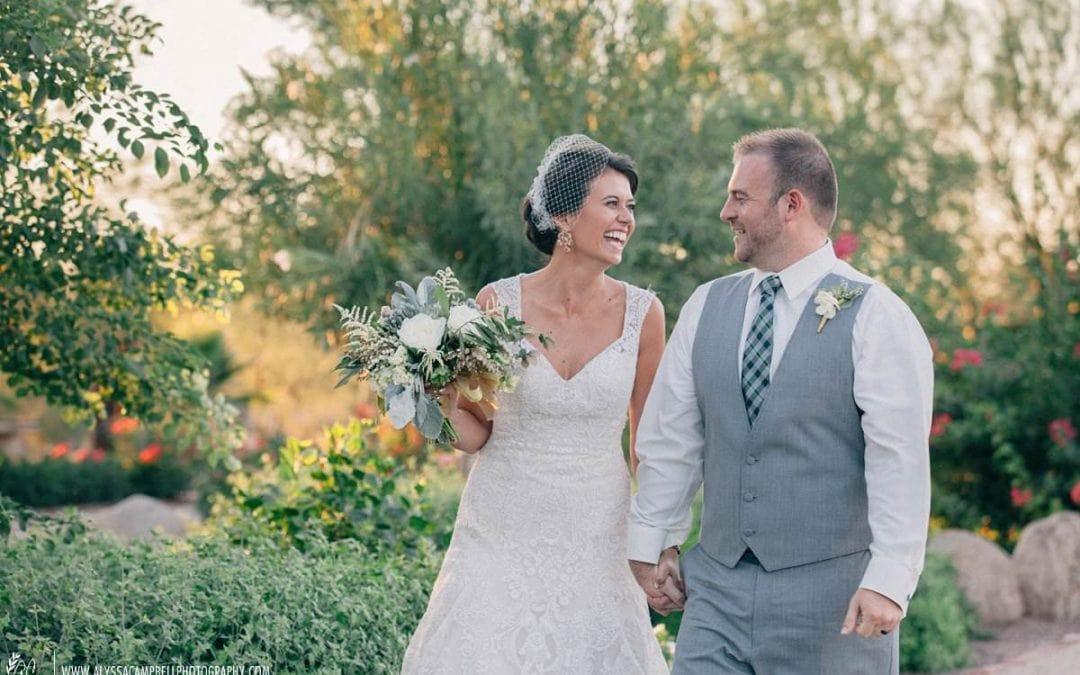 Elegant Windmill Winery Wedding Photos