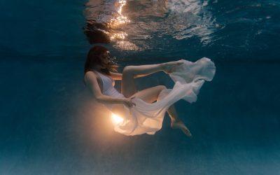 Phoenix Underwater Fashion Photography | Astrid