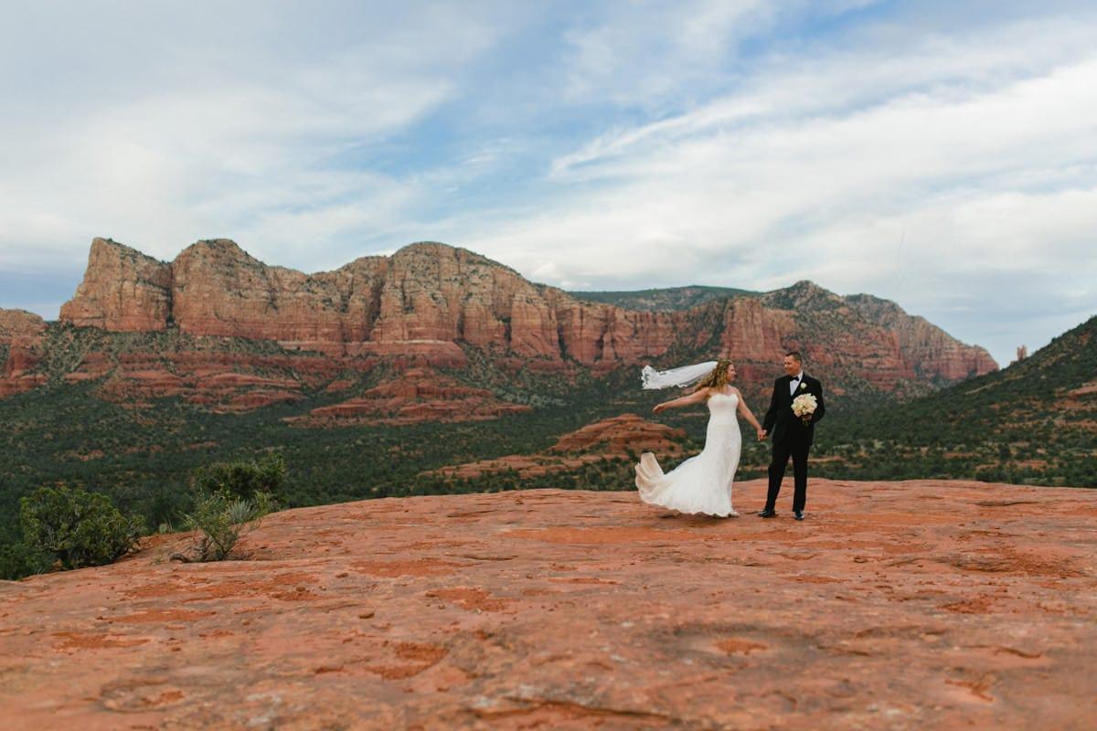 Sedona elopement bride and groom at Yavapai Vista Overlook