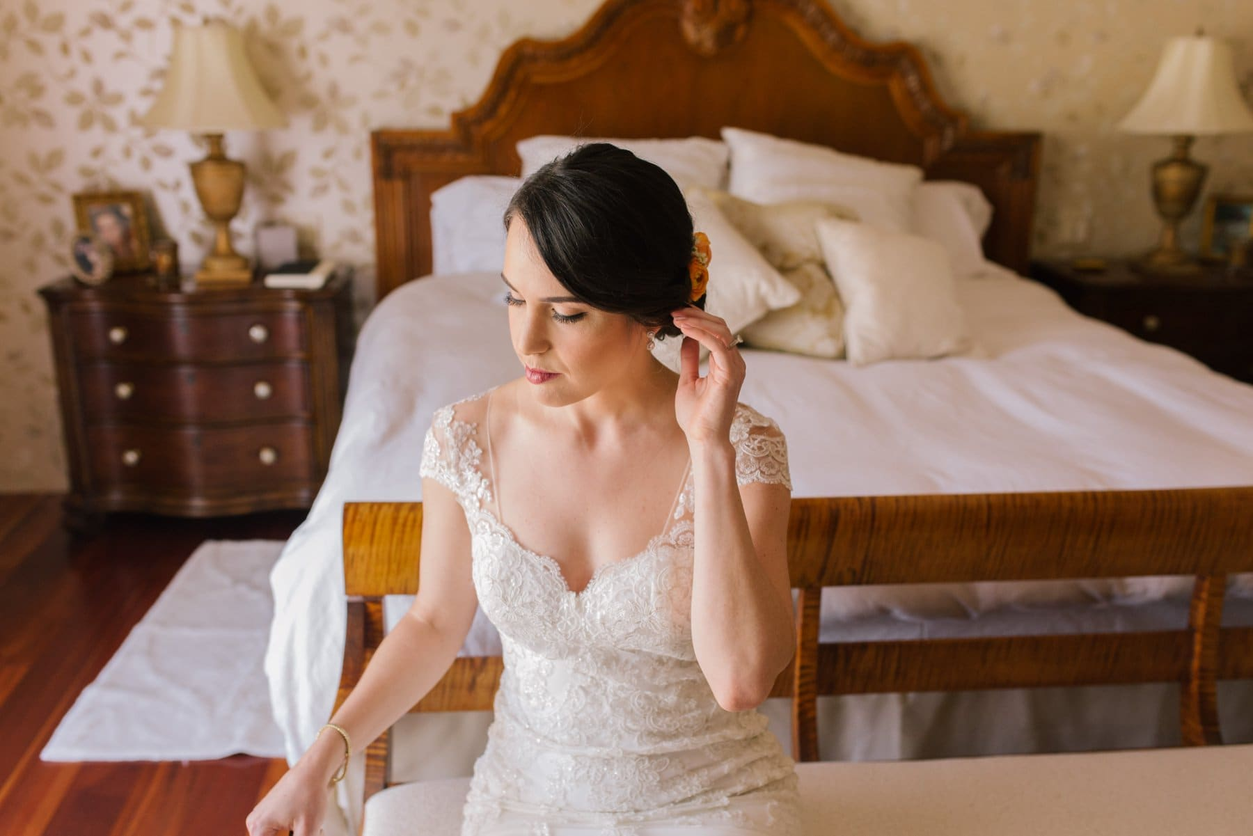 bride getting ready in home Arizona wedding photos