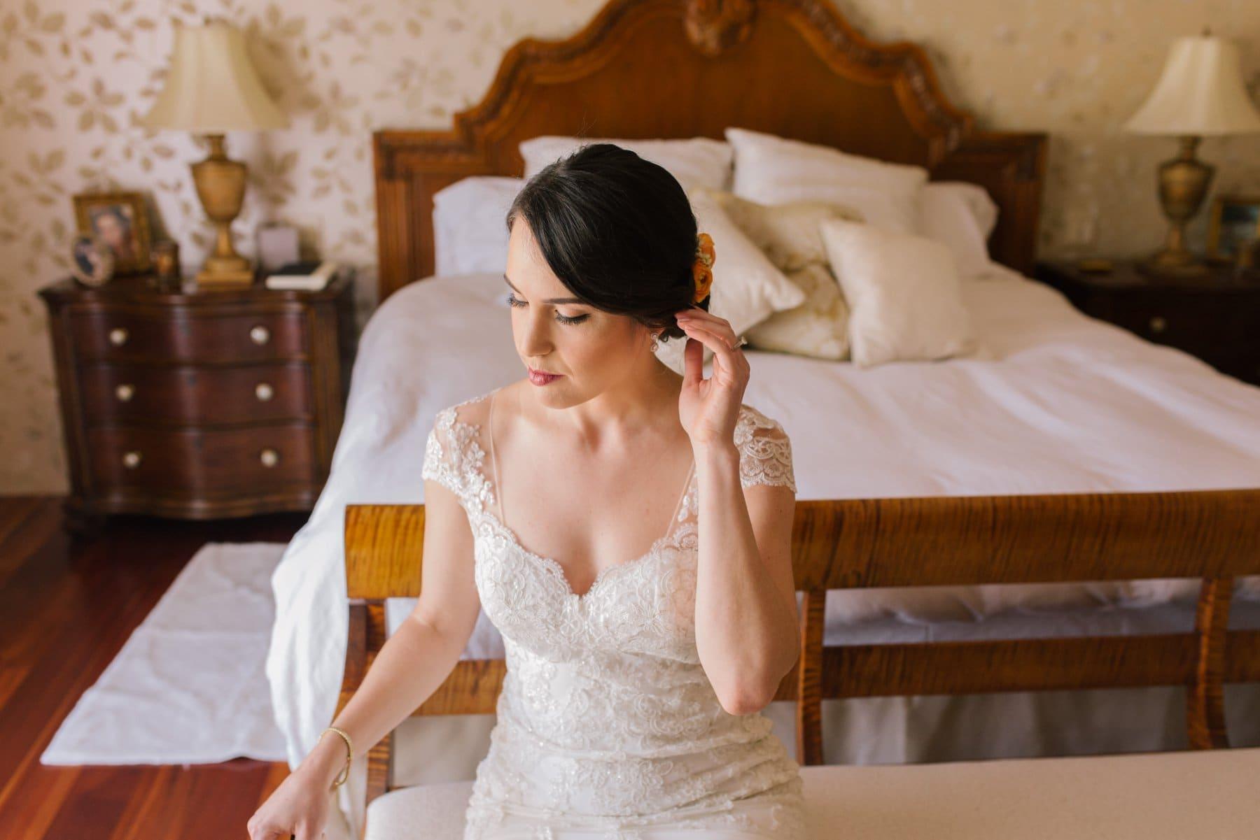 bride getting ready in home Arizona wedding photos