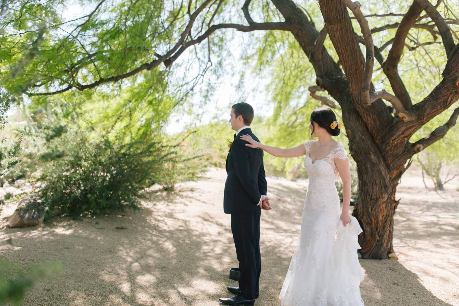Scottsdale wedding first look