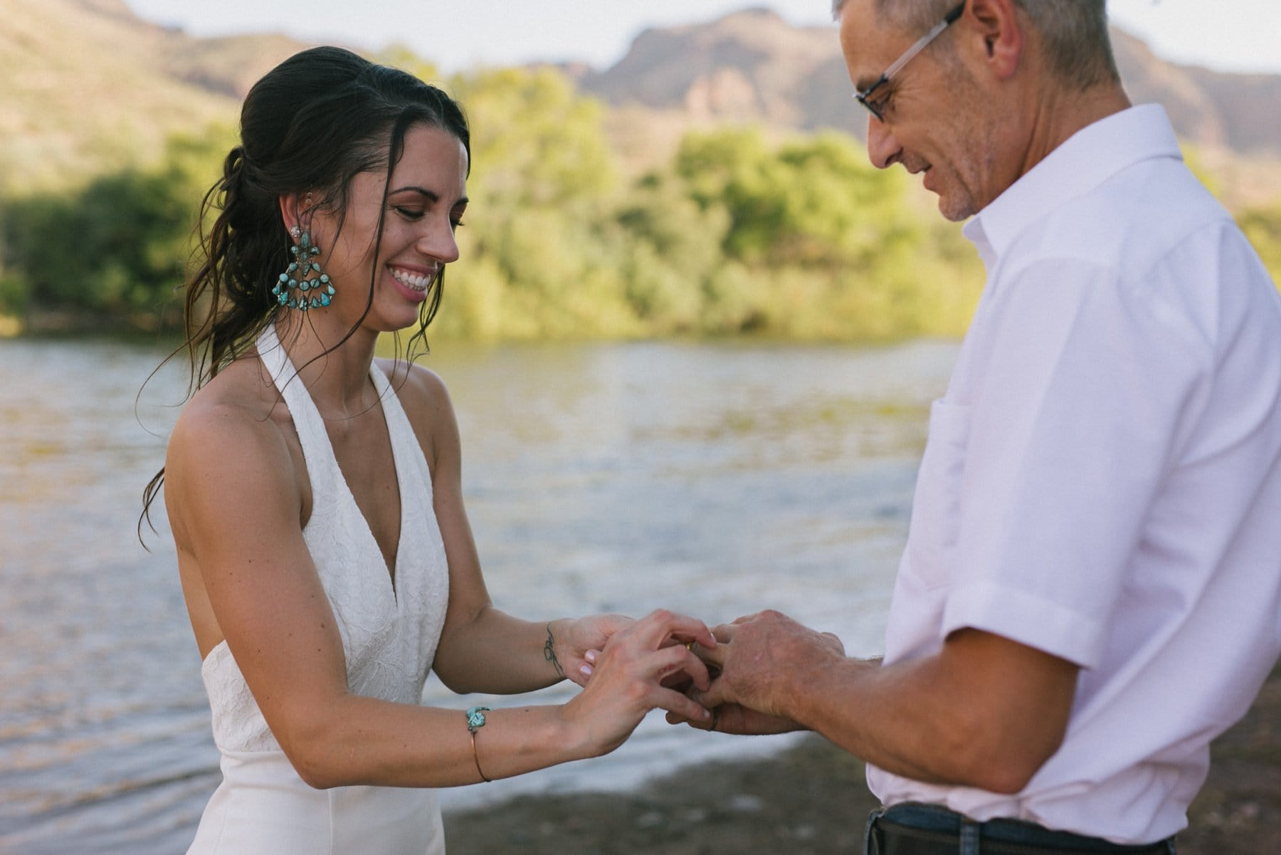 Arizona outdoor elopement photographer Salt River