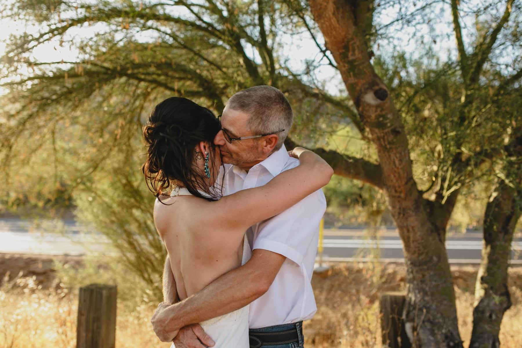 natural authentic elopement photographer Phoenix