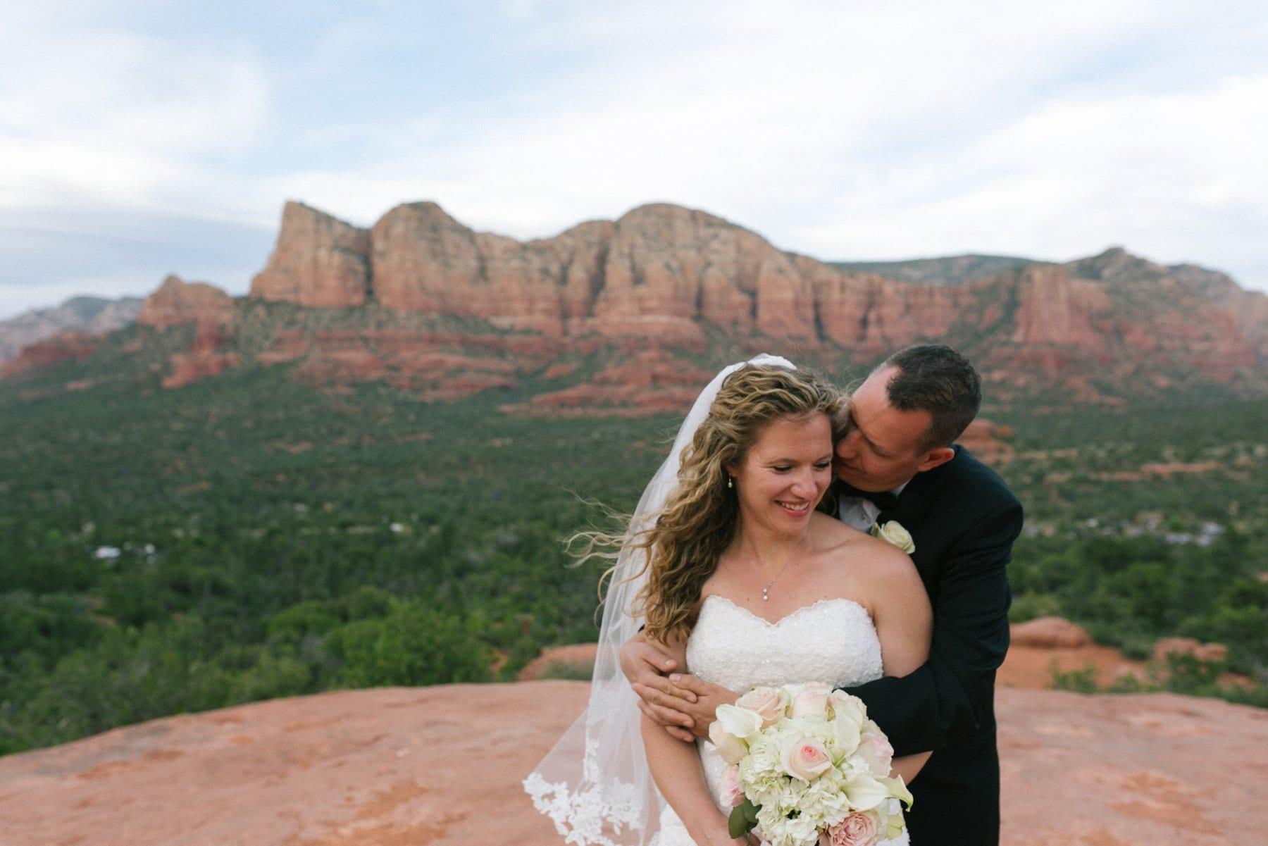 bride & groom at Sedona Yavapai Lookout Trail