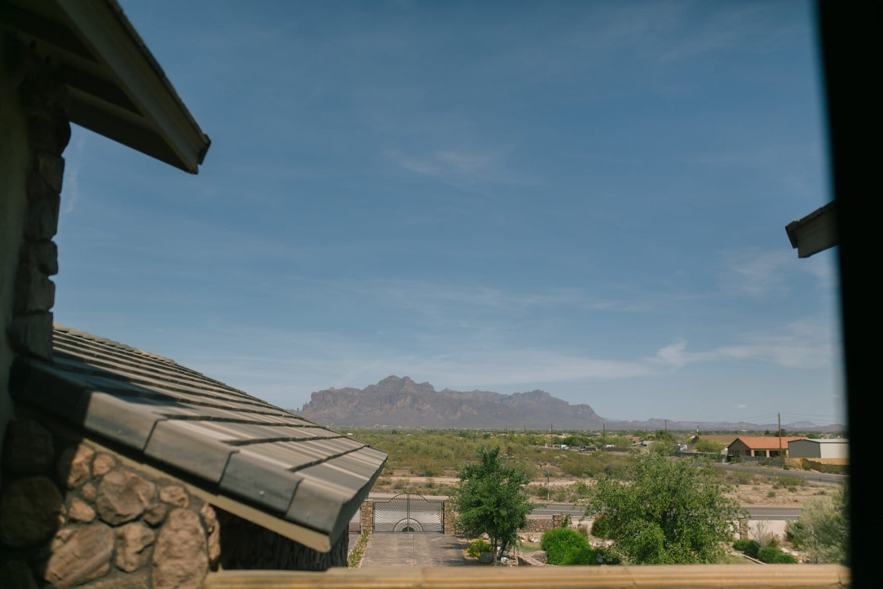 view of superstition mountains from superstition manor wedding venue