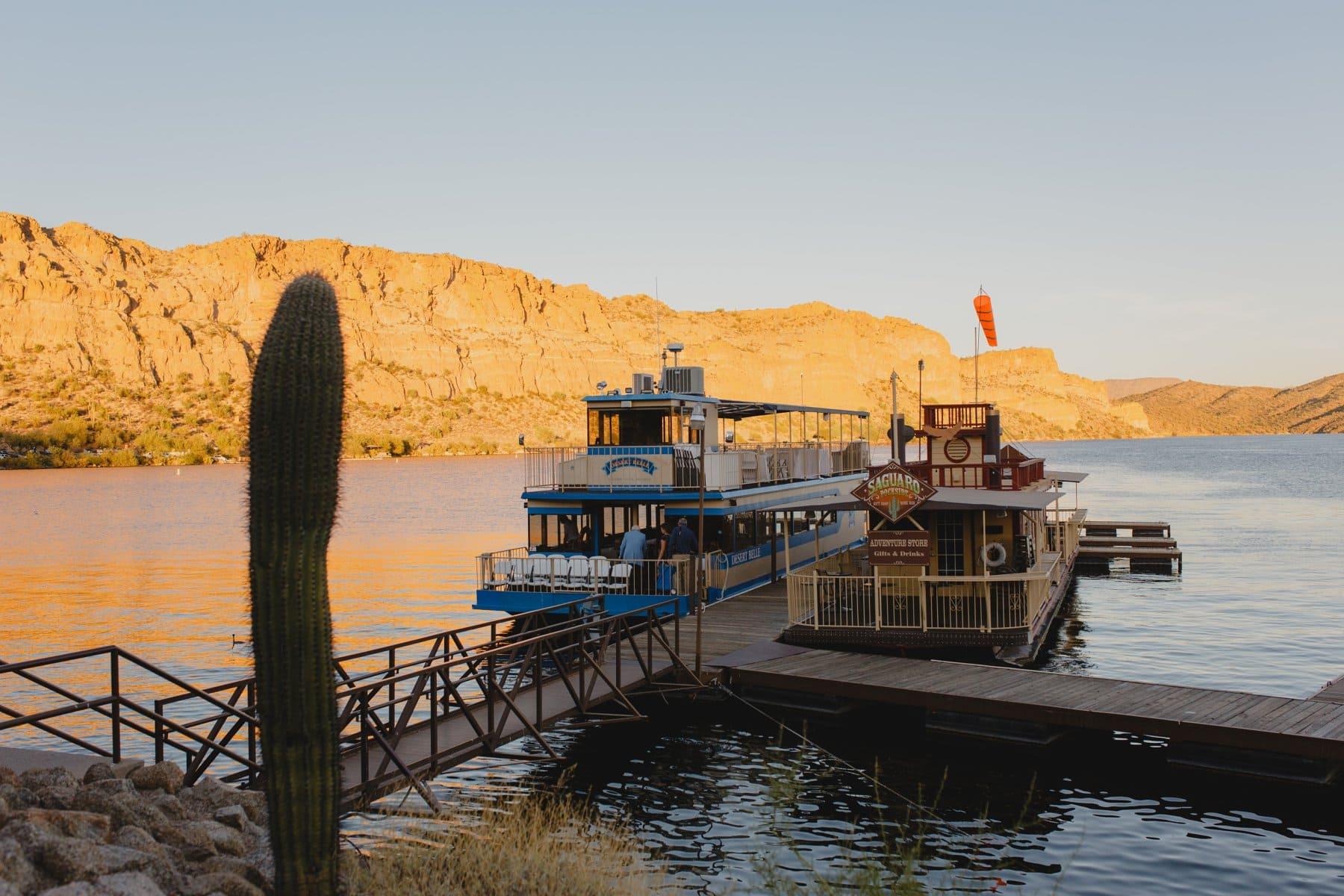 Desert Belle tour boat Saguaro Lake