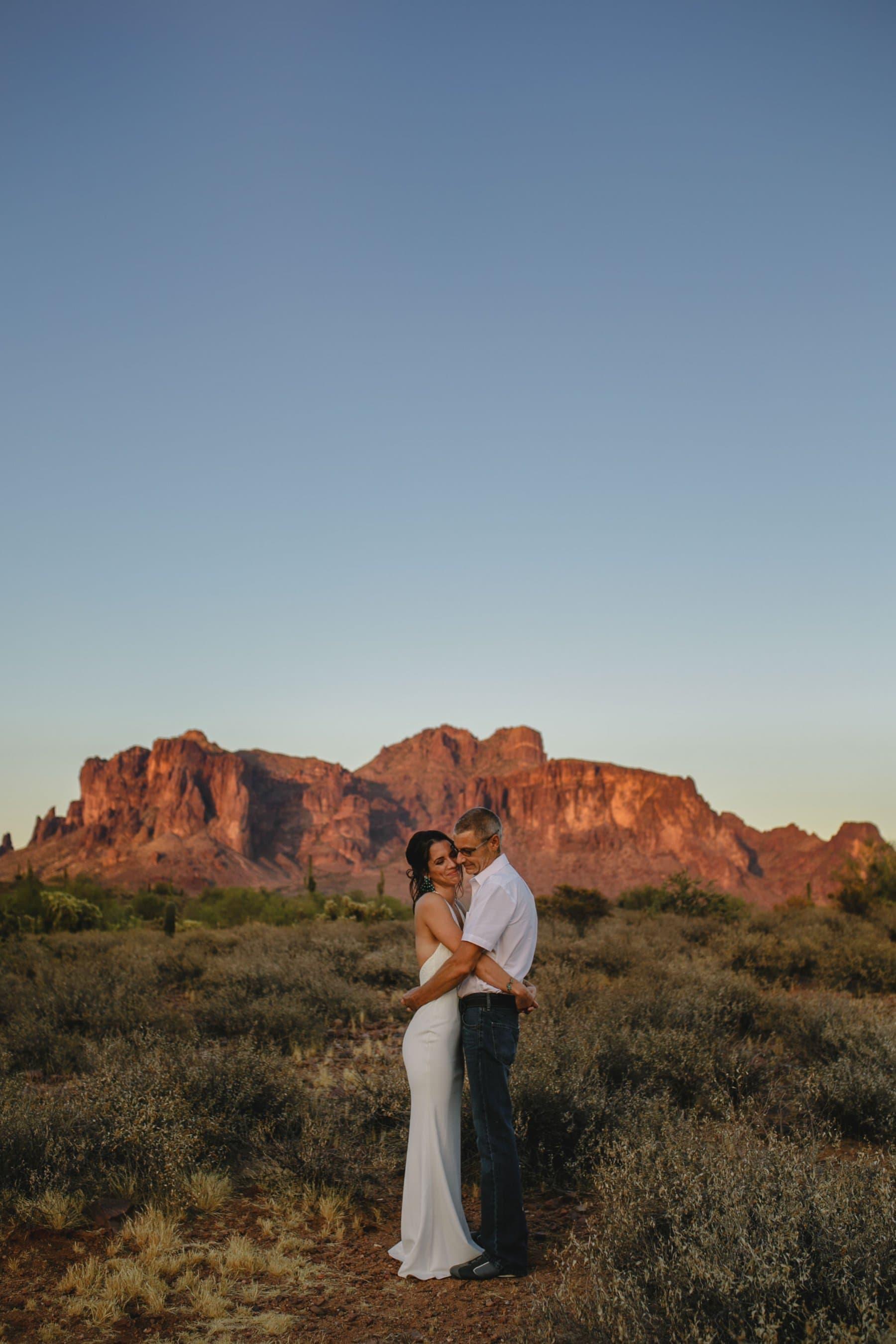 sweet desert boho elopement in Superstition mountains