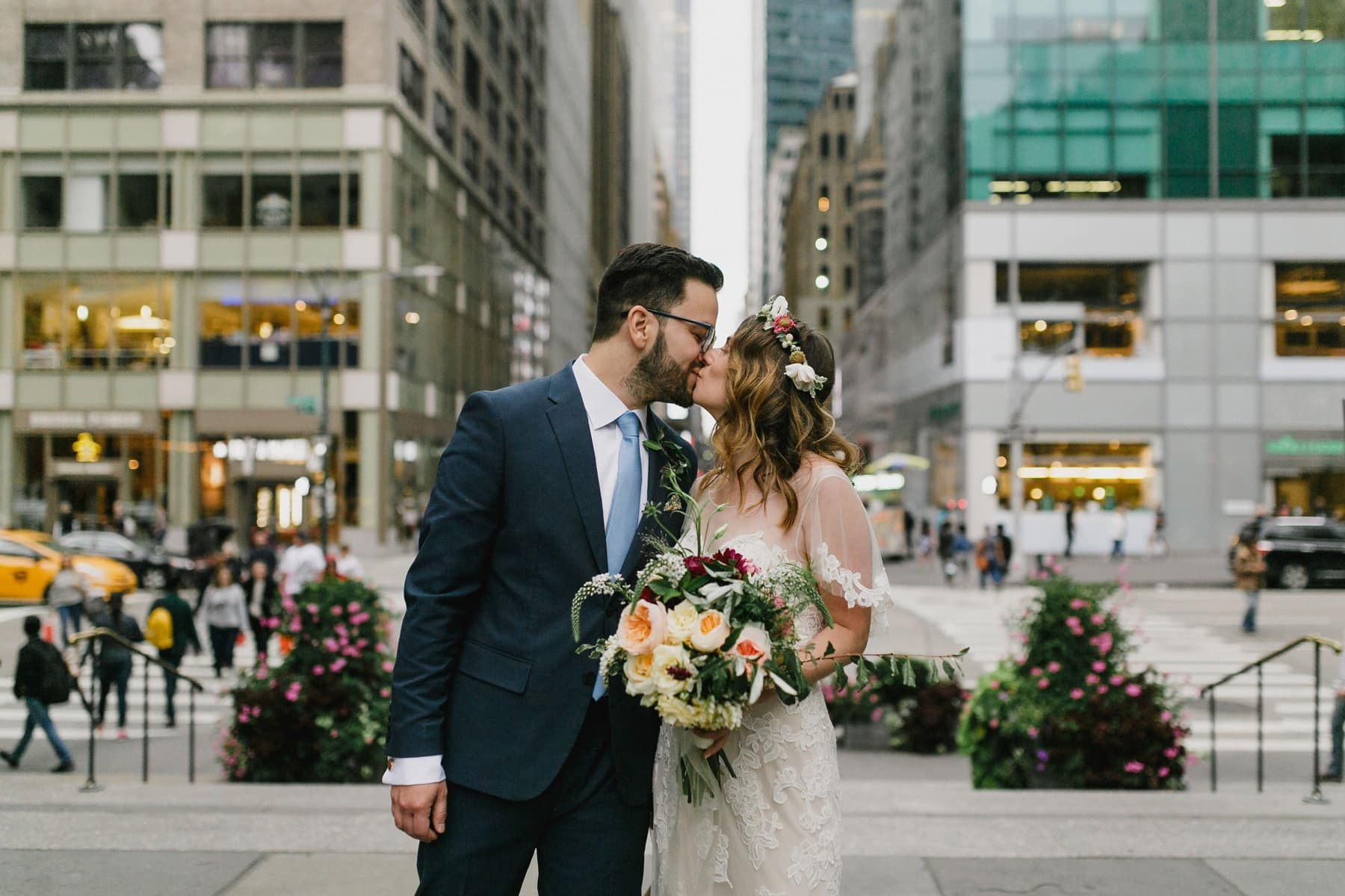 boho bride & groom in Manhattan Arizona destination wedding photographer