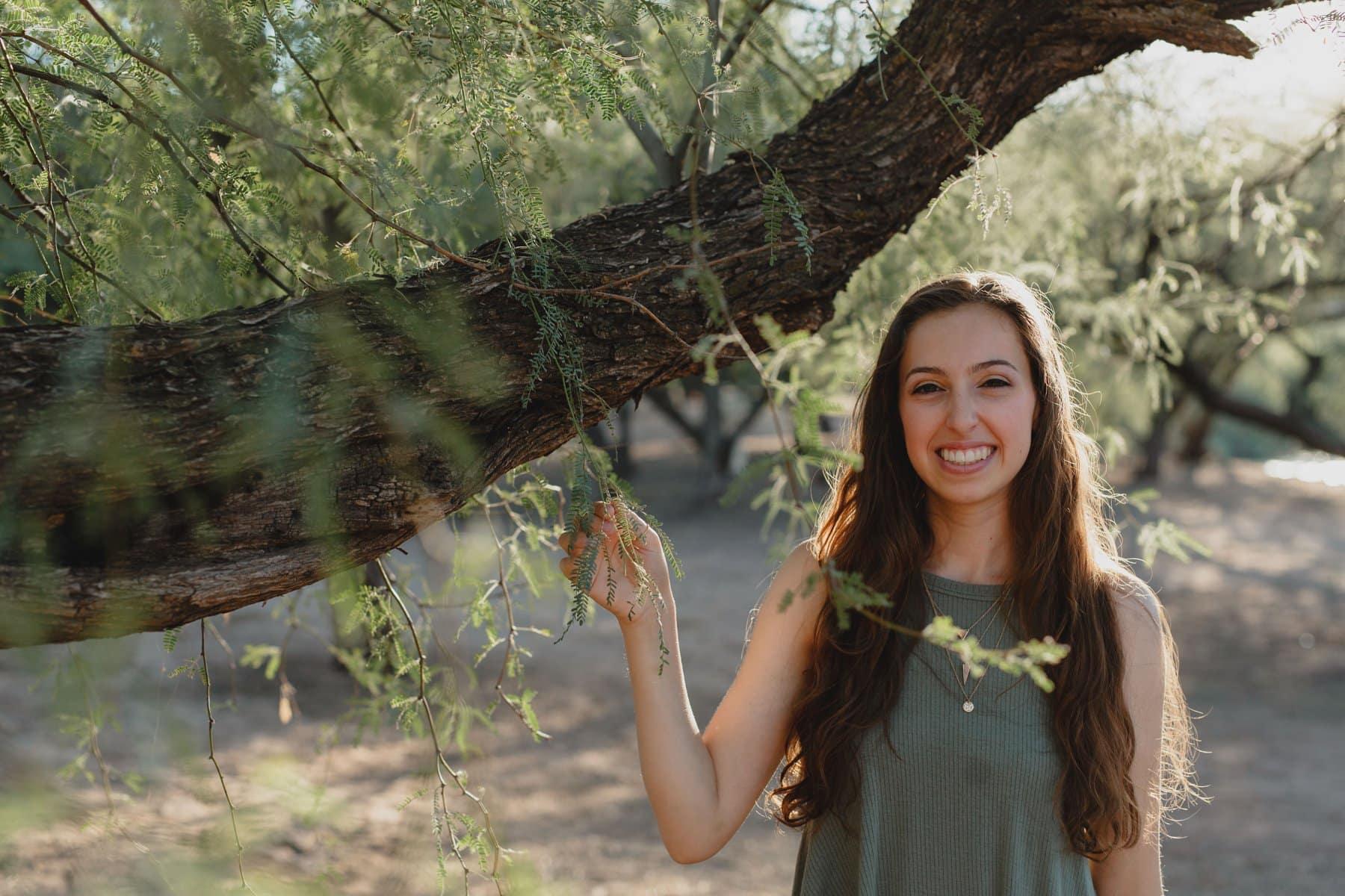 natural authentic outdoor high school senior photos Phoenix
