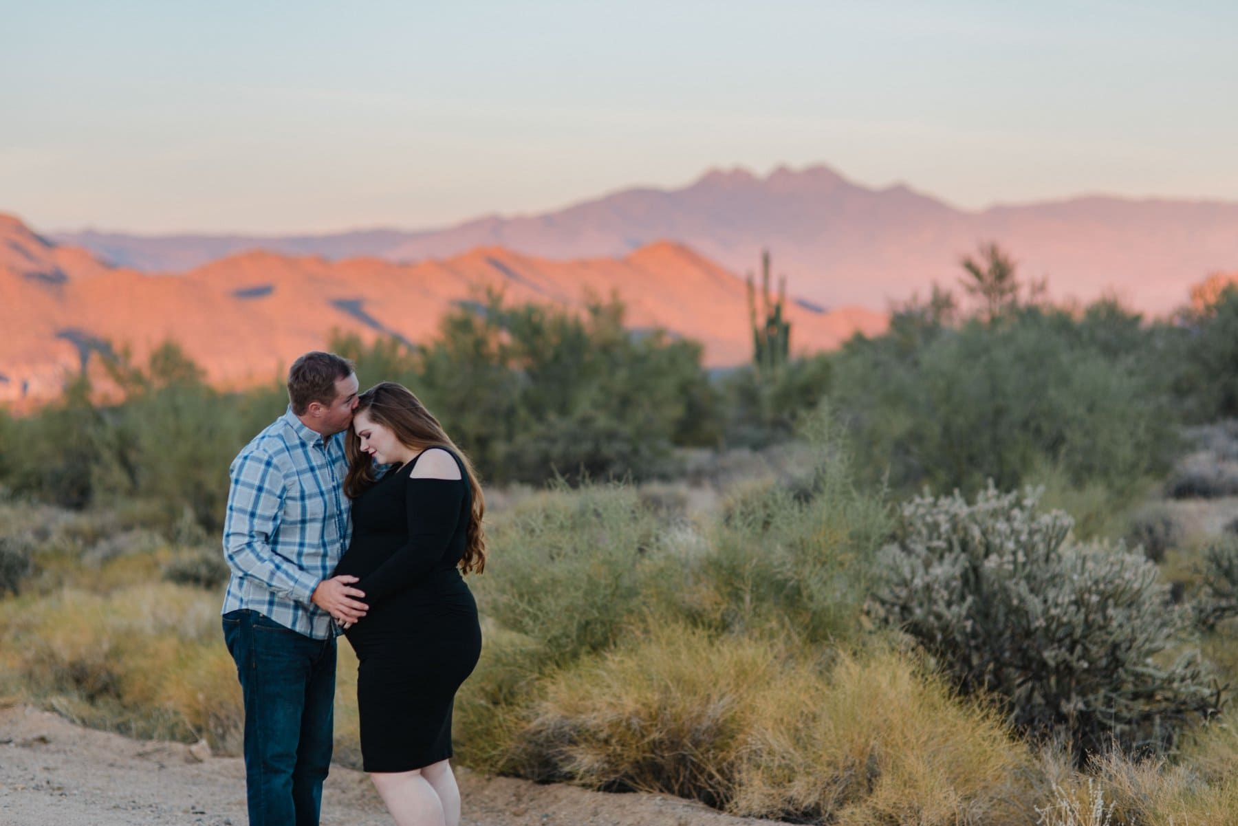 desert maternity photos in Mesa