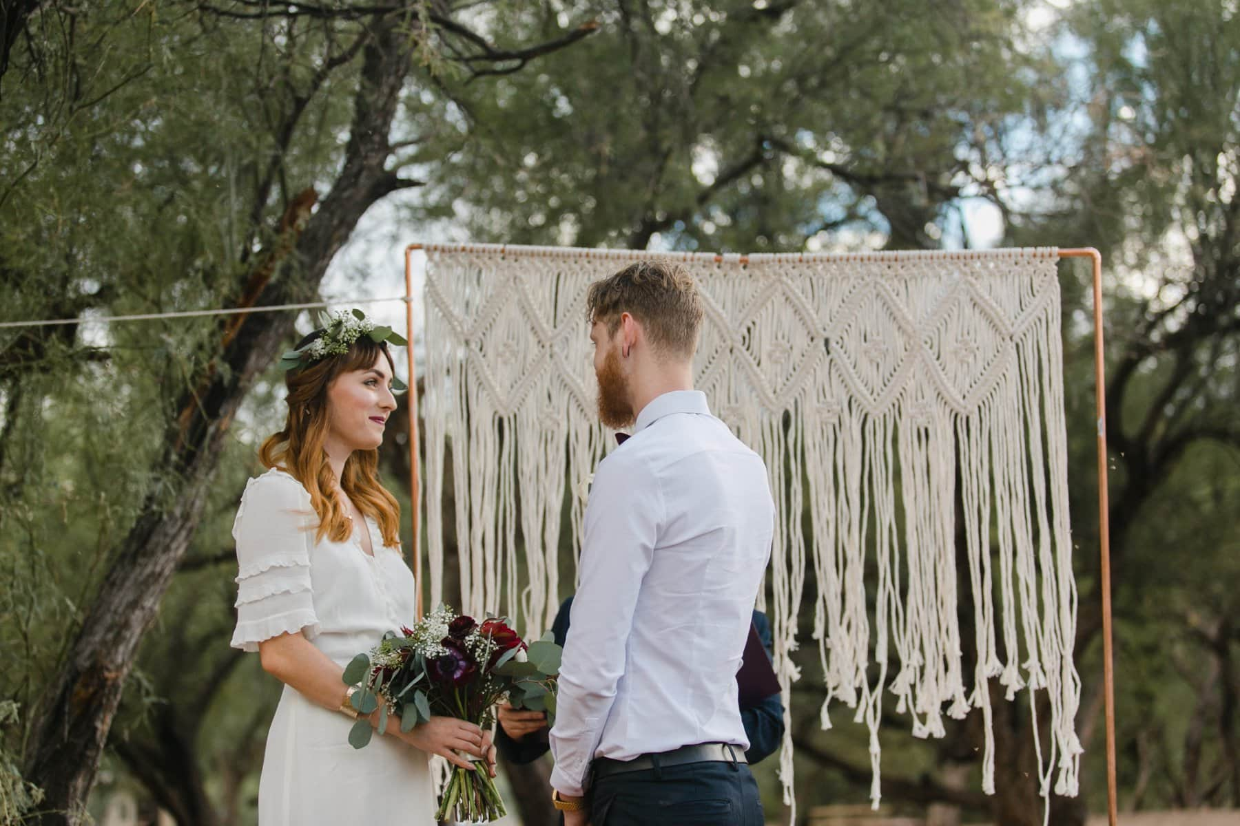 outdoor boho elopement in Salt River Arizona