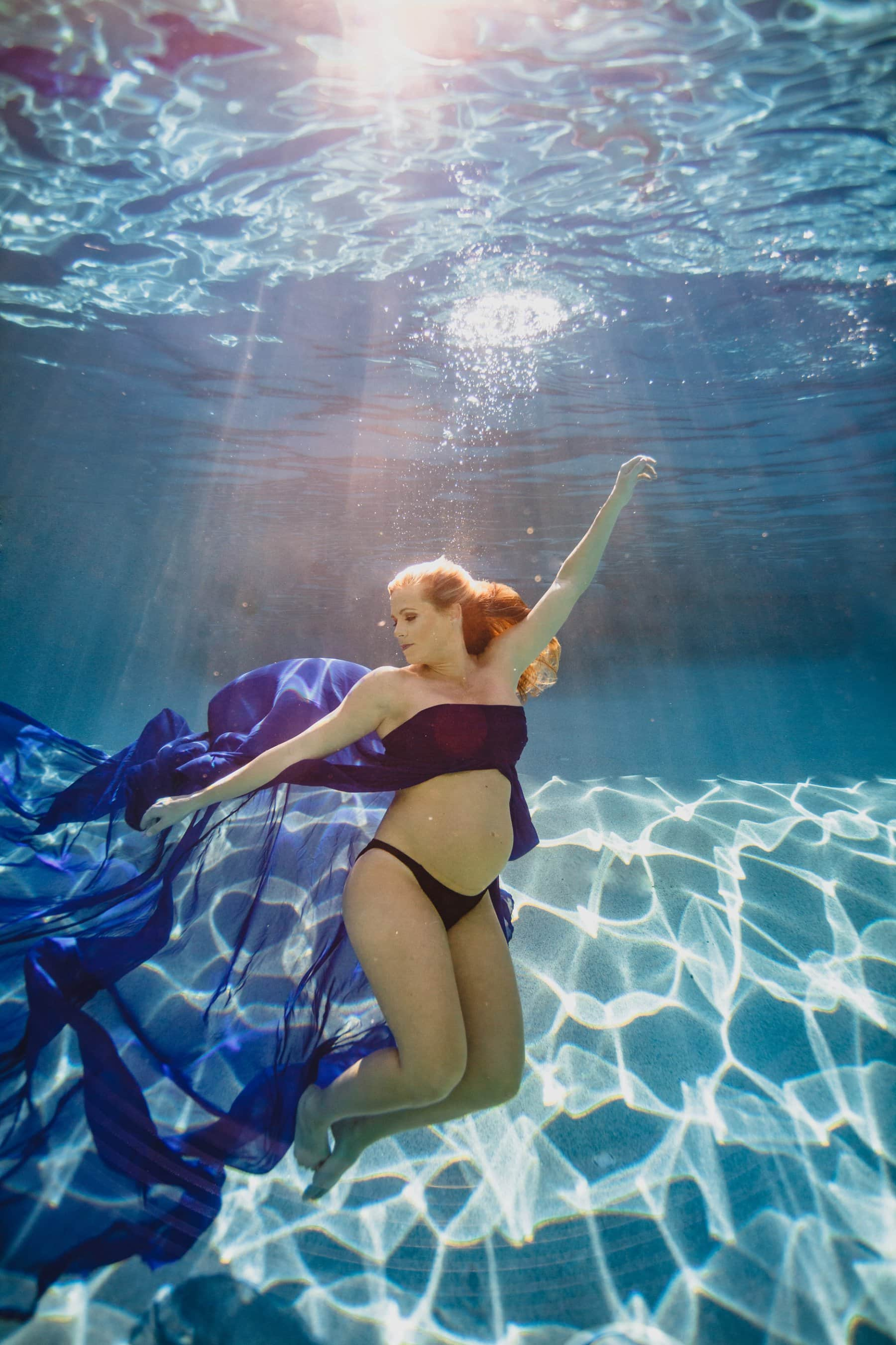 unique underwater maternity photos in Arizona