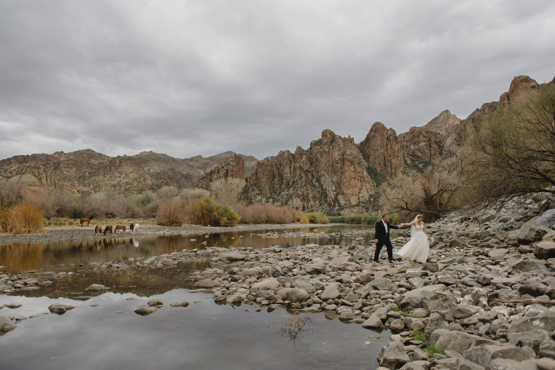 wedding on cloudy dat at Saguaro Lake Ranch
