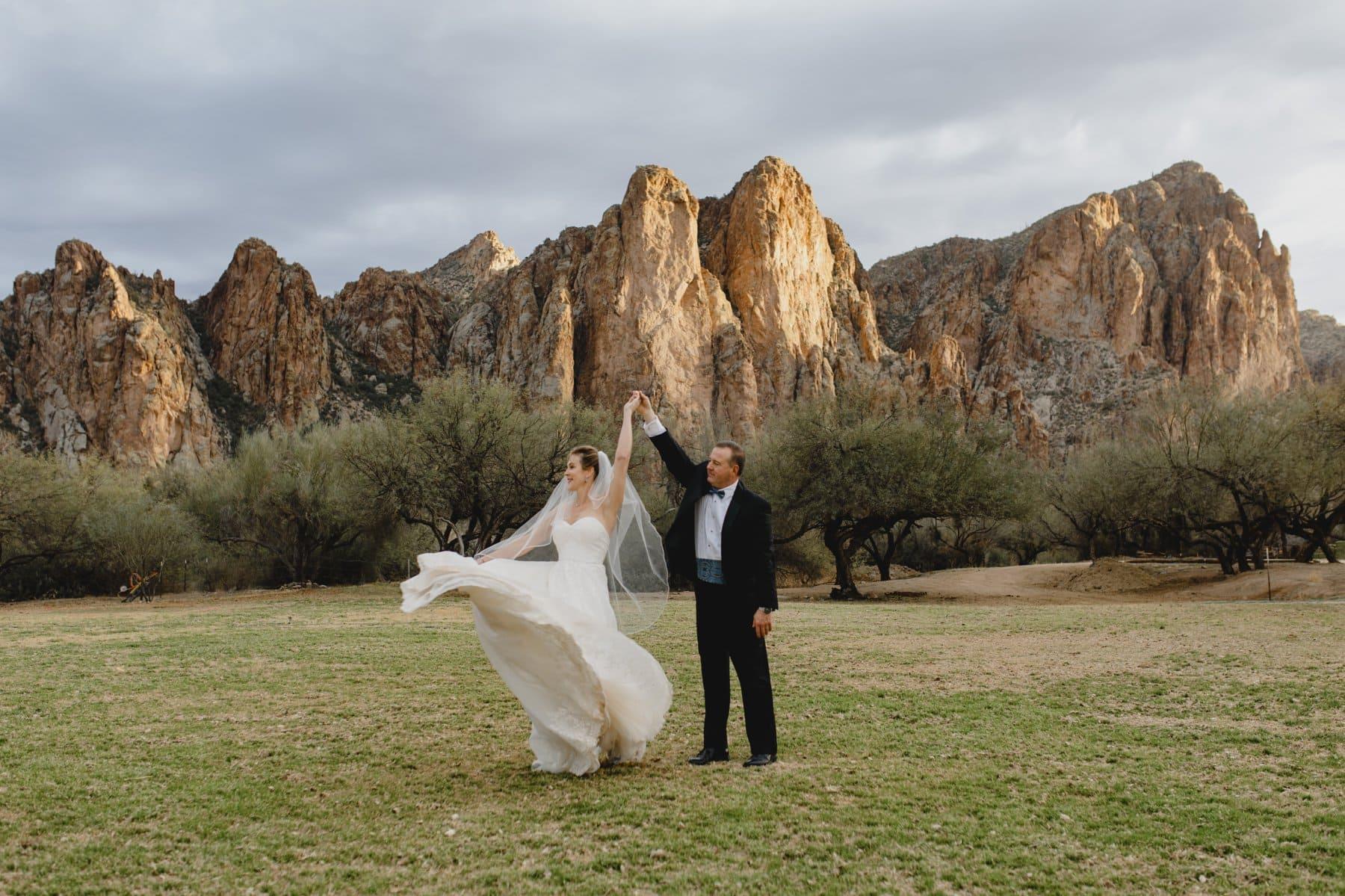 beautiful mountain wedding venue in Arizona Saguaro Lake Ranch