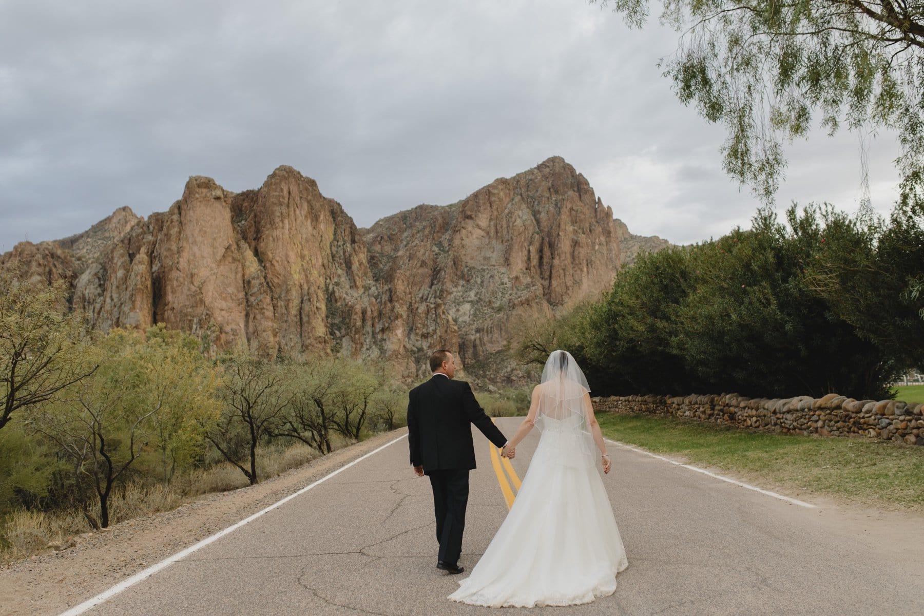desert mountain wedding venue in Mesa Saguaro Lake Ranch