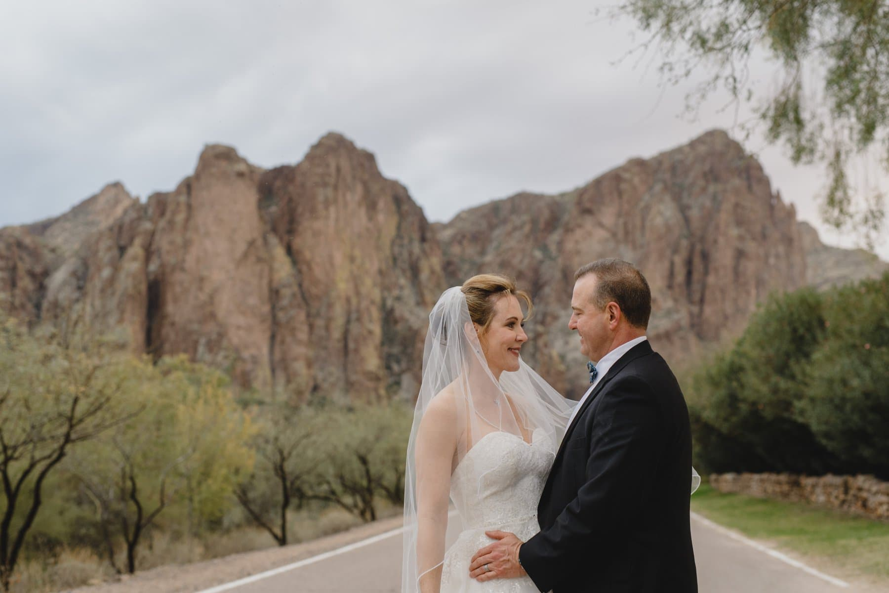 bride and groom getting married epic mountains Phoenix