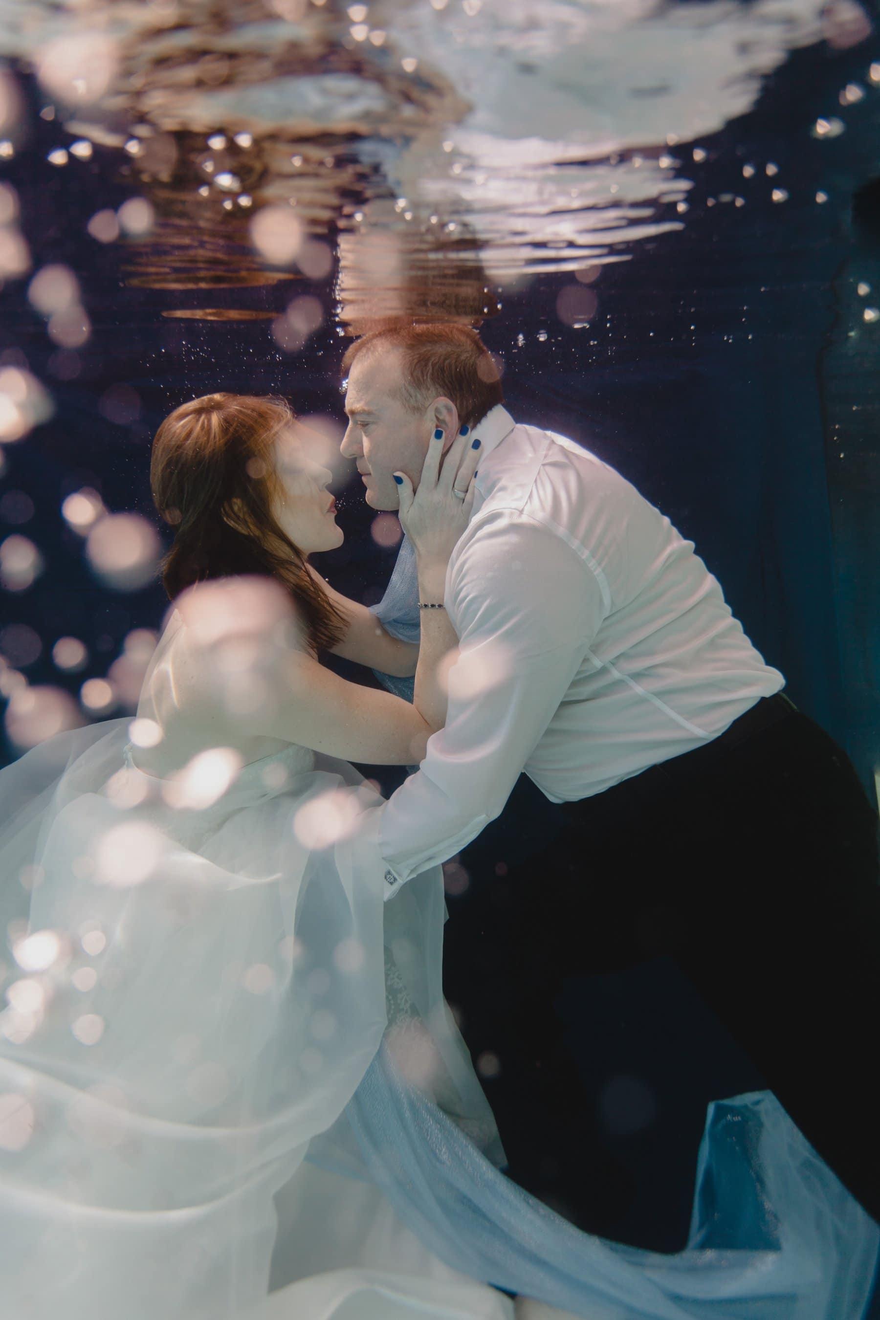 creative underwater trash the dress photos